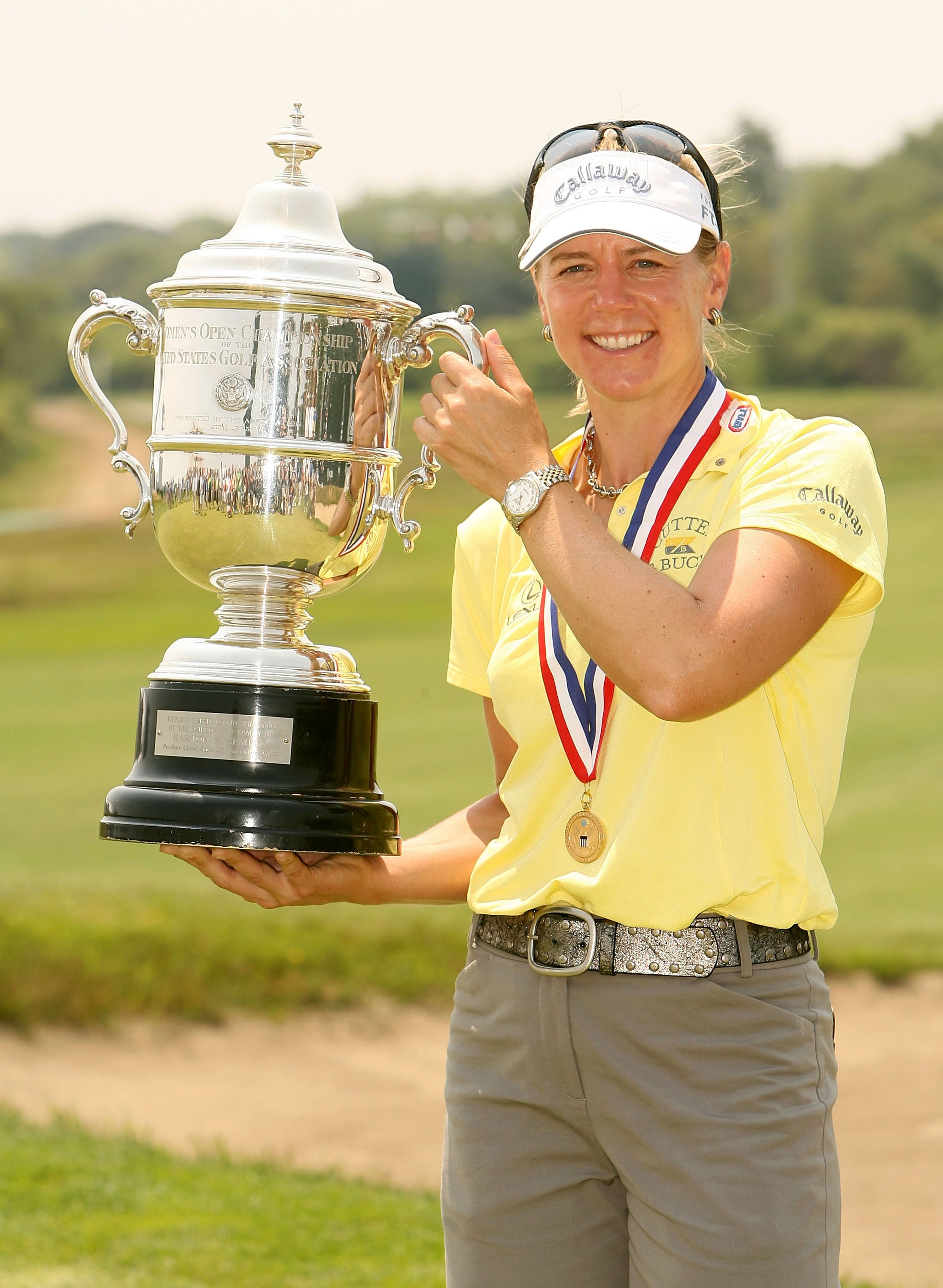 NEWPORT, RI - JULY 3:  Annika Sorenstam of Sweden holds the US Open Championship trophy after the playoff of the 2006 U.S. Women's Open on July 3, 2006 at Newport Country Club in Newport, Rhode Island.  (Photo by Nick Laham/Getty Images)