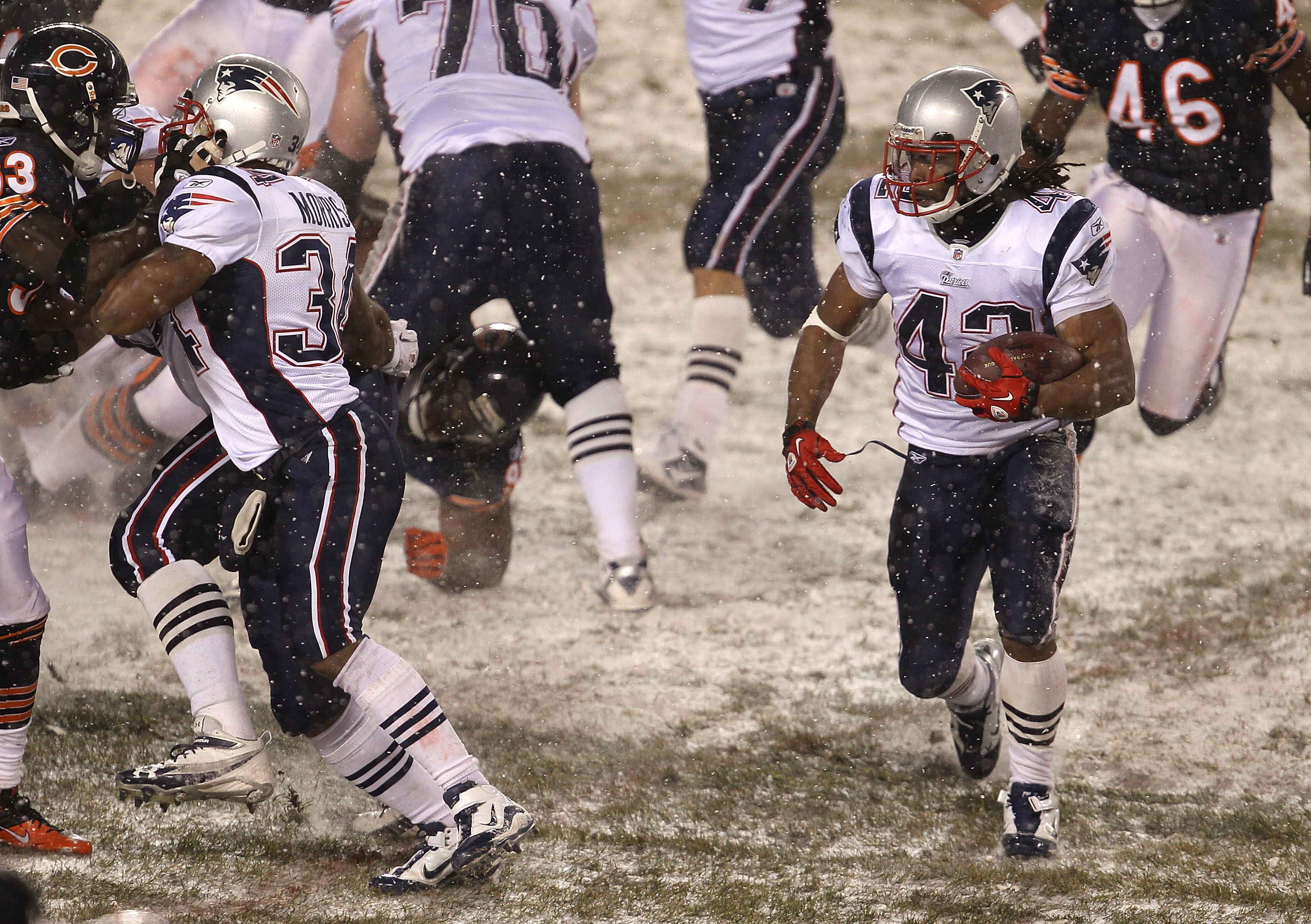 CHICAGO, IL - DECEMBER 12: Ben-Jarvus Green-Ellis #42 of the New England Patriots looks for running room against the Chicago Bears at Soldier Field on December 12, 2010 in Chicago, Illinois. The Patriots defeated the Bears 36-7. (Photo by Jonathan Daniel/