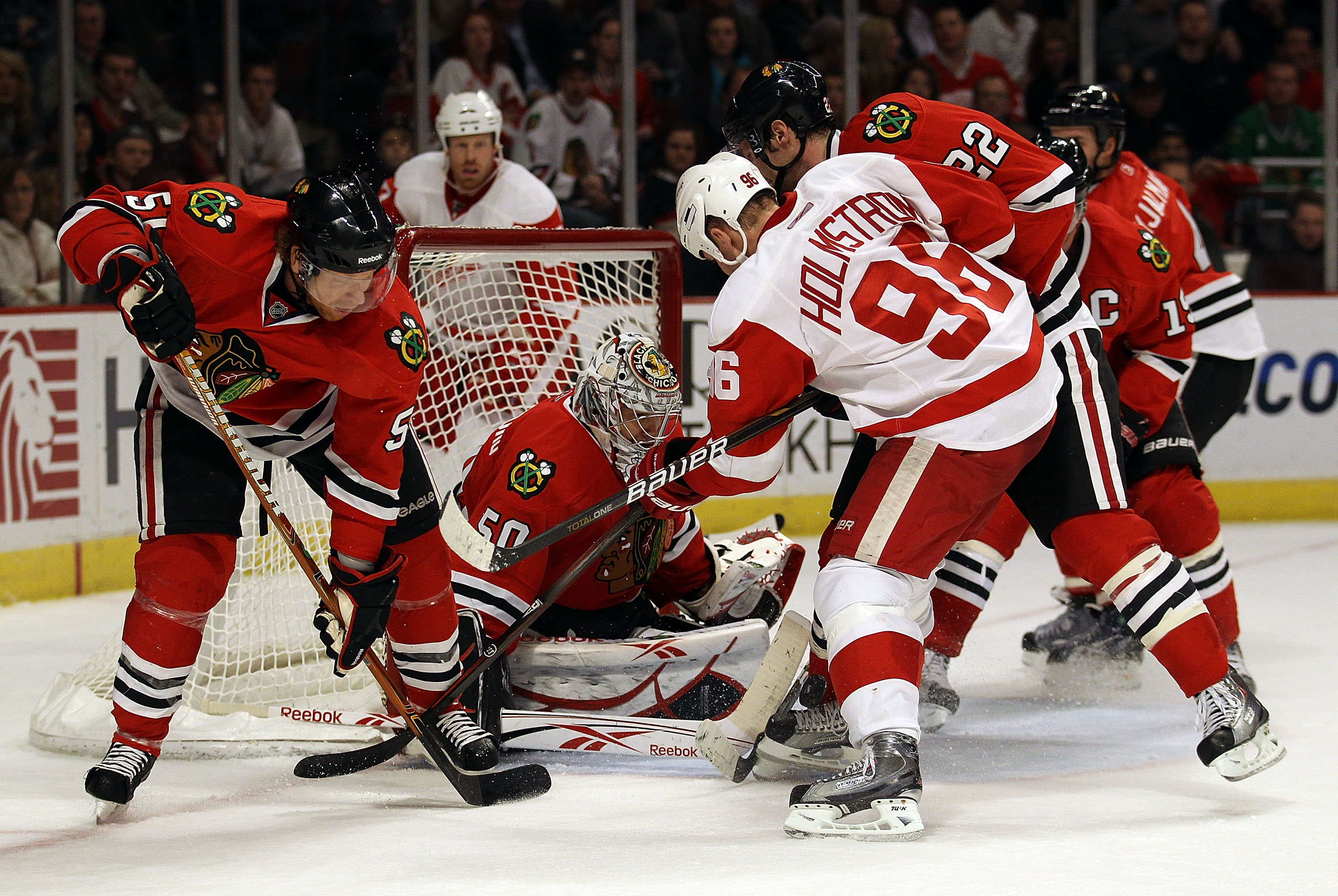 9329400a06e CHICAGO, IL - DECEMBER 17: Corey Crawford #50 of the Chicago Blackhawks  makes