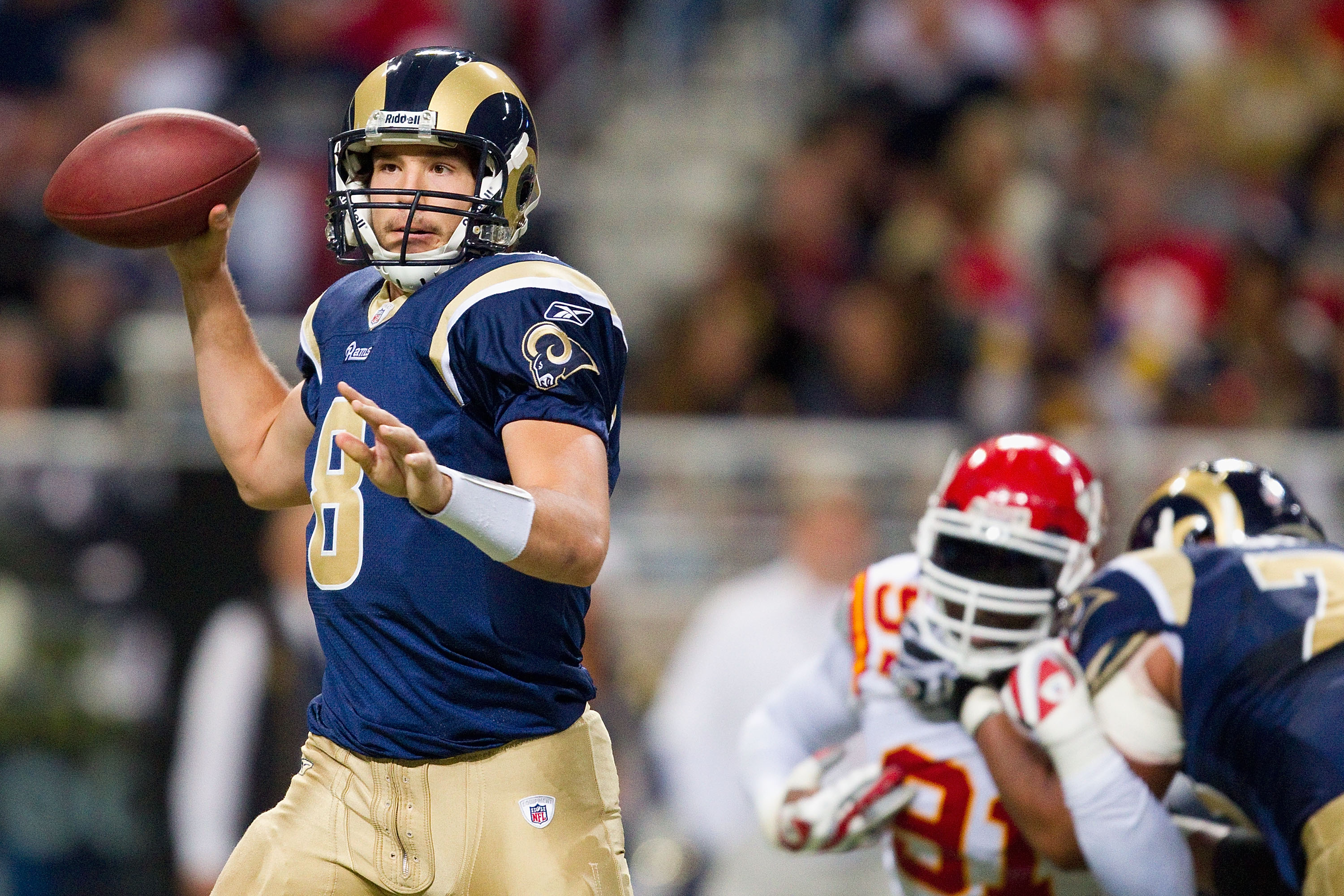 ST. LOUIS, MO - DECEMBER 19: Sam Bradford #8 of the St. Louis Rams passes against the Kansas City Chiefs at the Edward Jones Dome on December 19, 2010 in St. Louis, Missouri.  The Chiefs beat the Rams 27-13.  (Photo by Dilip Vishwanat/Getty Images)