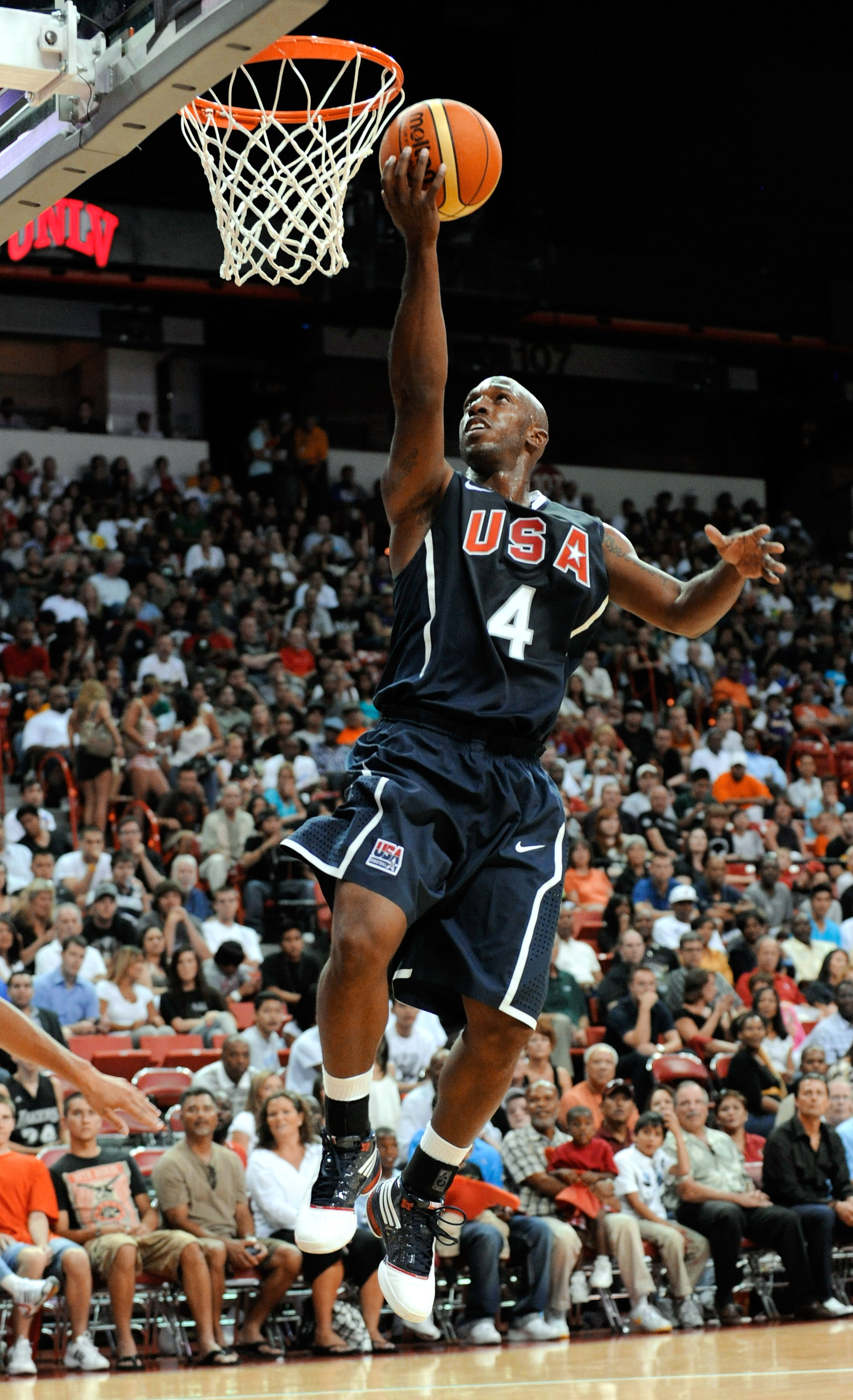 LAS VEGAS - JULY 24:  Chauncey Billups #4 of the 2010 USA Basketball Men's National Team goes in for a layup during a USA Basketball showcase at the Thomas & Mack Center on July 24, 2010 in Las Vegas, Nevada.  (Photo by Ethan Miller/Getty Images)