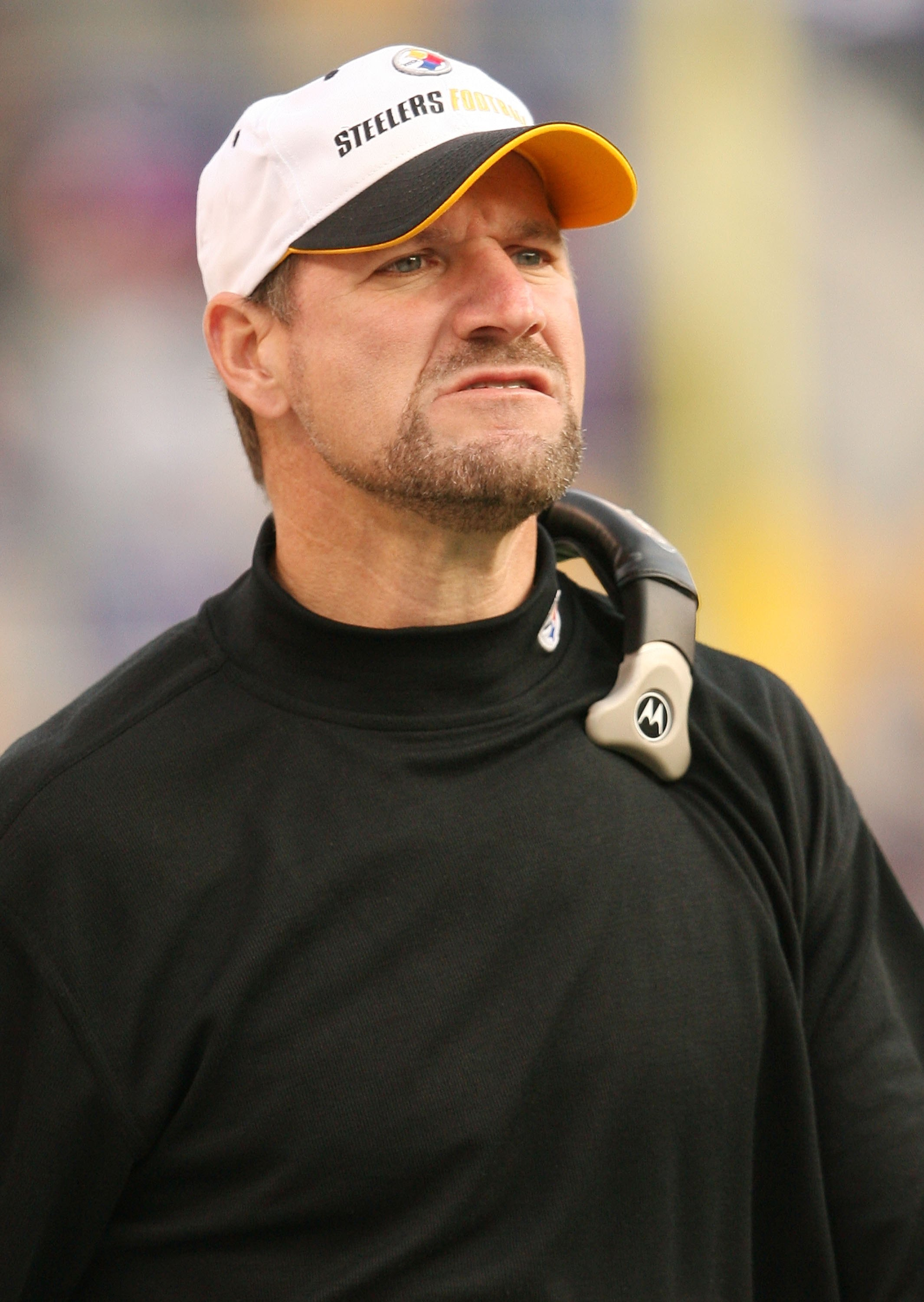 BALTIMORE - NOVEMBER 26:  Bill Cowher, coach of the Pittsburgh Steelers watches on from the sideline against the Baltimore Ravens at M & T Bank Stadium November 26, 2006 in Baltimore, Maryland.  (Photo by Nick Laham/Getty Images)