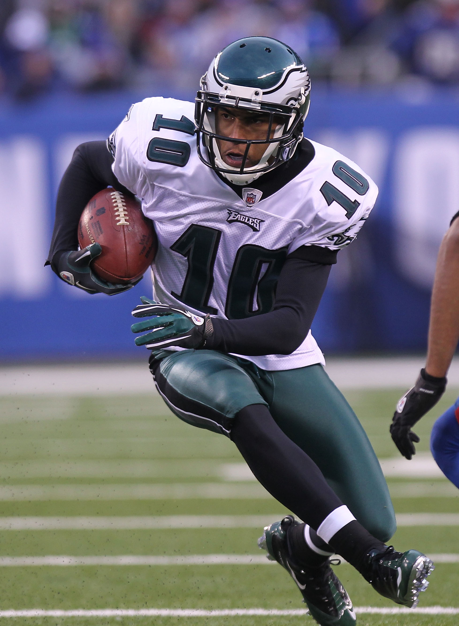 EAST RUTHERFORD, NJ - DECEMBER 19:  DeSean Jackson #10 of the Philadelphia Eagles against  the New York Giants at New Meadowlands Stadium on December 19, 2010 in East Rutherford, New Jersey.  (Photo by Nick Laham/Getty Images)