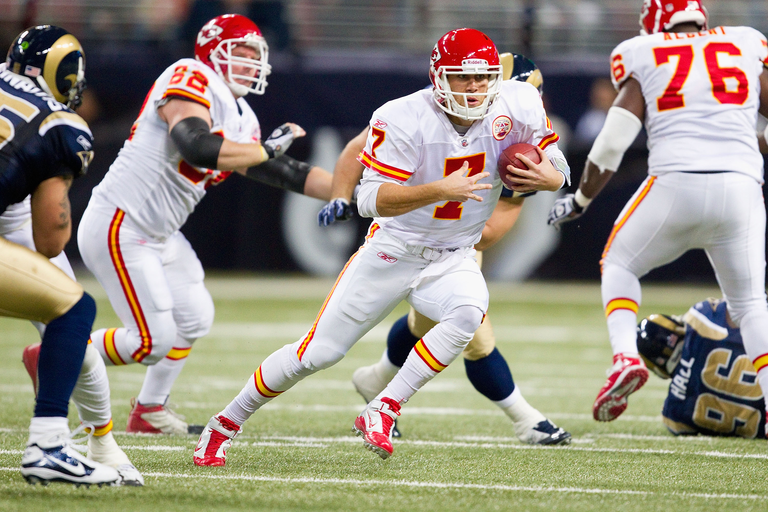 ST. LOUIS, MO - DECEMBER 19: Matt Cassel #7 of the Kansas City Chiefs scrambles against the St. Louis Rams at the Edward Jones Dome on December 19, 2010 in St. Louis, Missouri.  The Chiefs beat the Rams 27-13.  (Photo by Dilip Vishwanat/Getty Images)