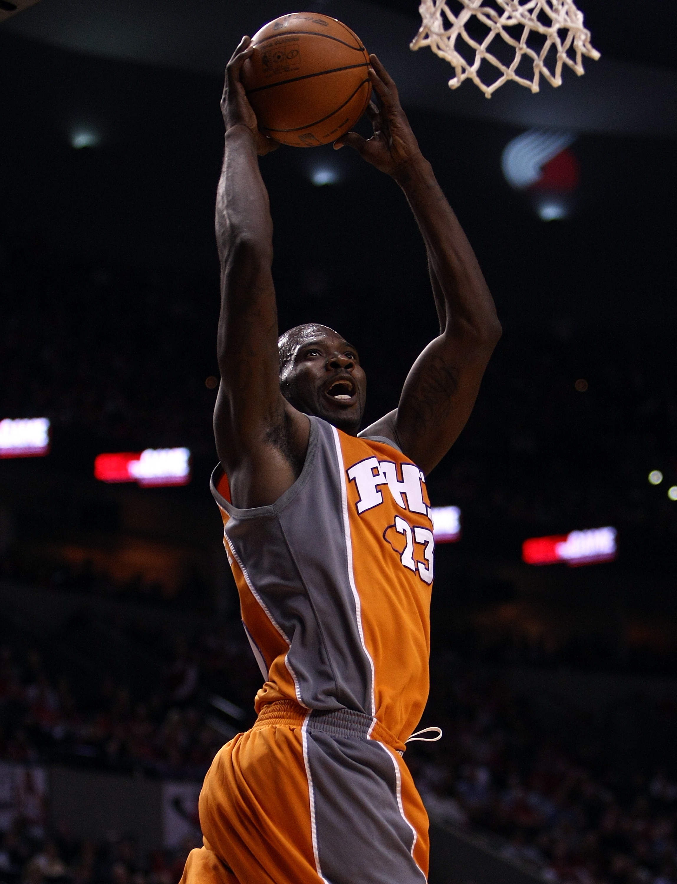 PORTLAND, OR - APRIL 22:  Jason Richardson #23 of the Phoenix Suns goes up for a dunk against the Portland Trail Blazers during Game 3 of the Western Conference Quarterfinals of the NBA Playoffs on April 22, 20010 at the Rose Garden in Portland, Oregon. N