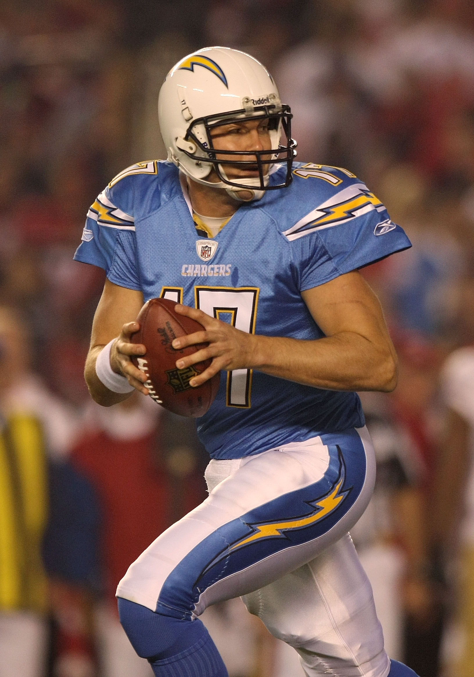 SAN DIEGO, CA - DECEMBER 16:  Quarterback Philip Rivers #17 of the San Diego Chargers drops back to pass against the San Francisco 49ers at Qualcomm Stadium on December 16, 2010 in San Diego, California.  (Photo by Donald Miralle/Getty Images)