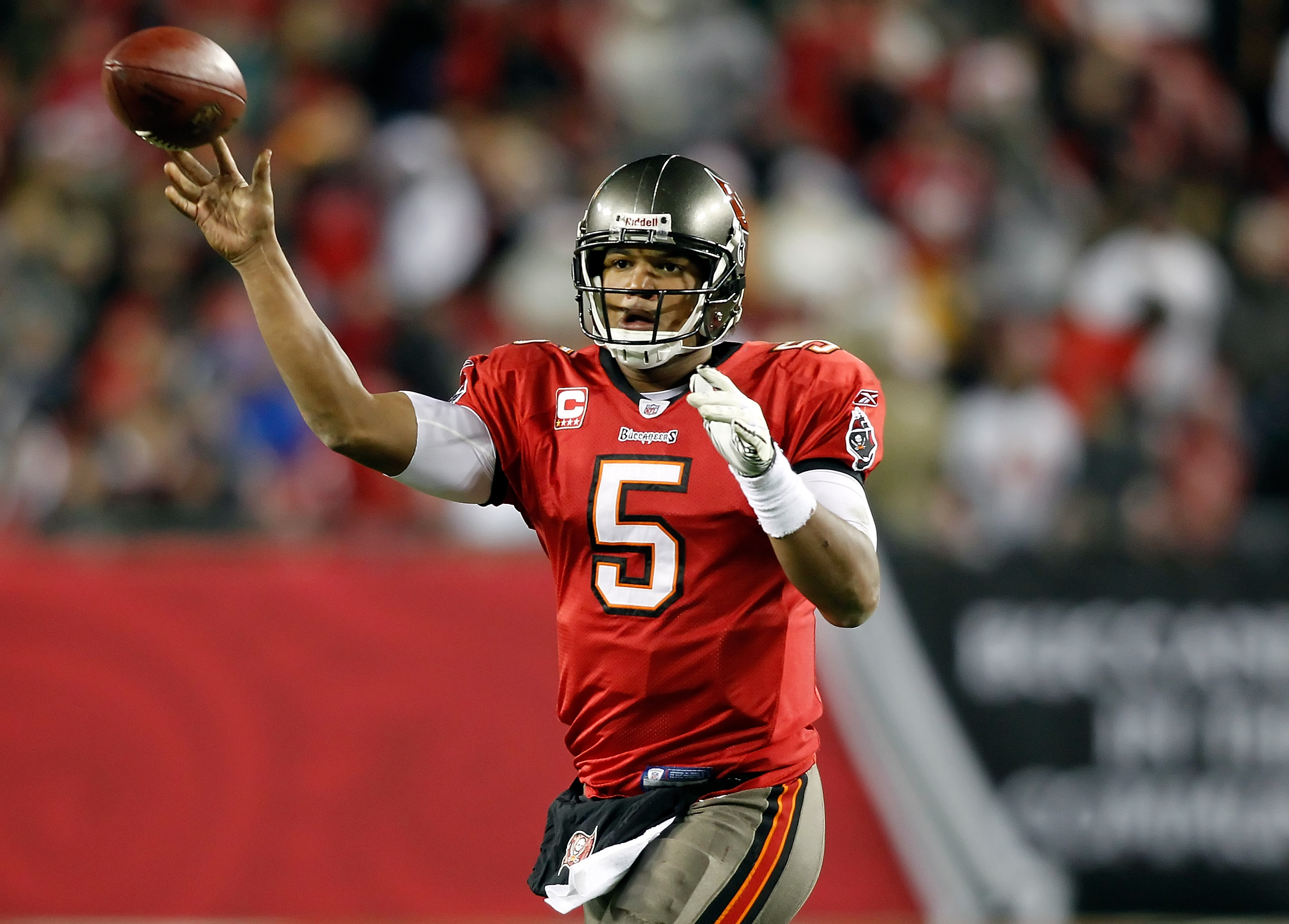 TAMPA, FL - DECEMBER 26:  Quarterback Josh Freeman #5 of the Tampa Bay Buccaneers throws a pass against the Seattle Seahawks during the game at Raymond James Stadium on December 26, 2010 in Tampa, Florida.  (Photo by J. Meric/Getty Images)