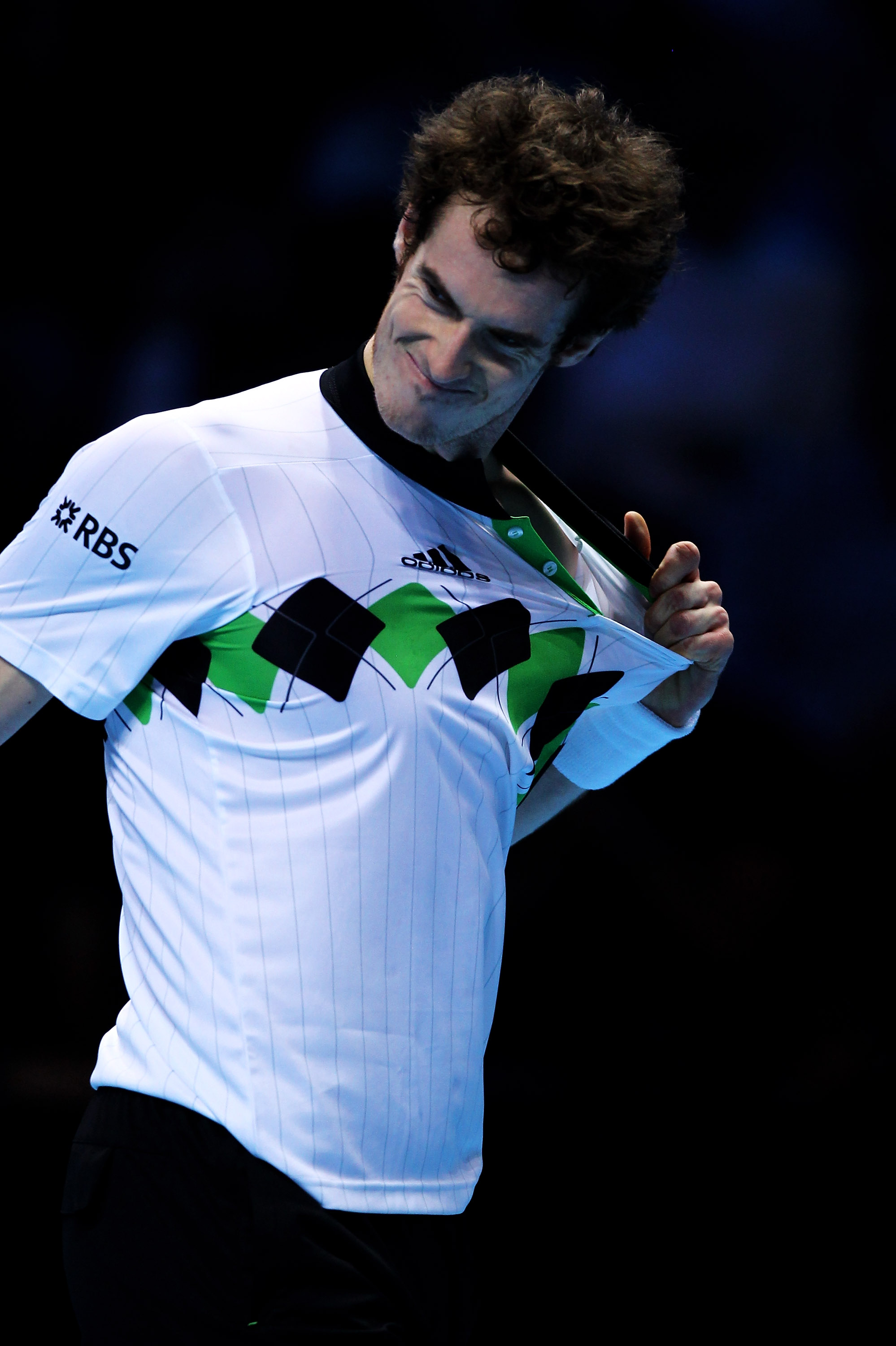 LONDON, ENGLAND - NOVEMBER 27:  Andy Murray of Great Britain reacts to a play during his men's semi-final match against Rafael Nadal of Spain during the ATP World Tour Finals at O2 Arena on November 27, 2010 in London, England.  (Photo by Matthew Lewis/Ge