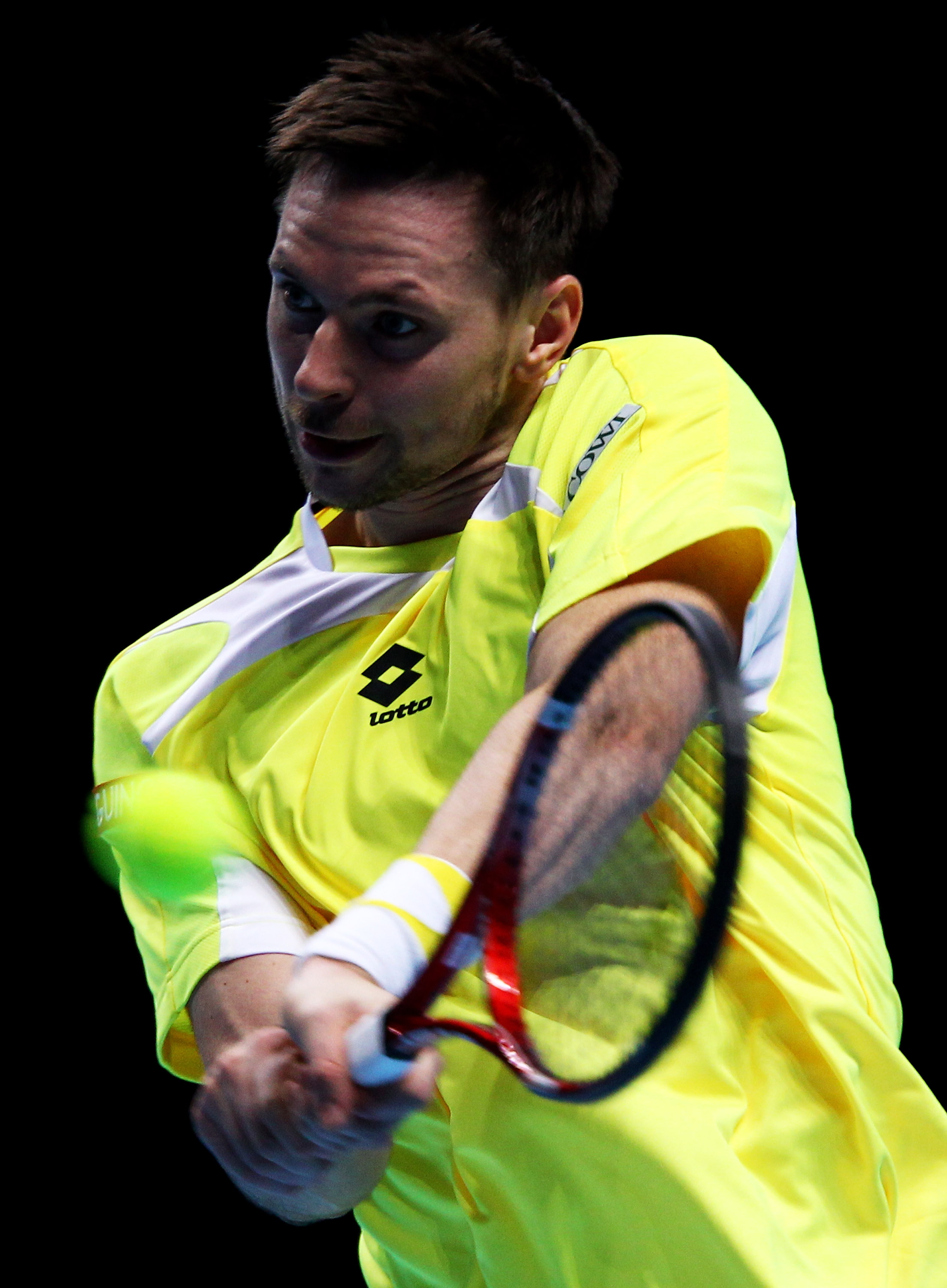 LONDON, ENGLAND - NOVEMBER 25:  Robin Soderling of Sweden returns the ball during his men's singles match during ATP World Tour Finals at O2 Arena on November 25, 2010 in London, England.  (Photo by Clive Brunskill/Getty Images)