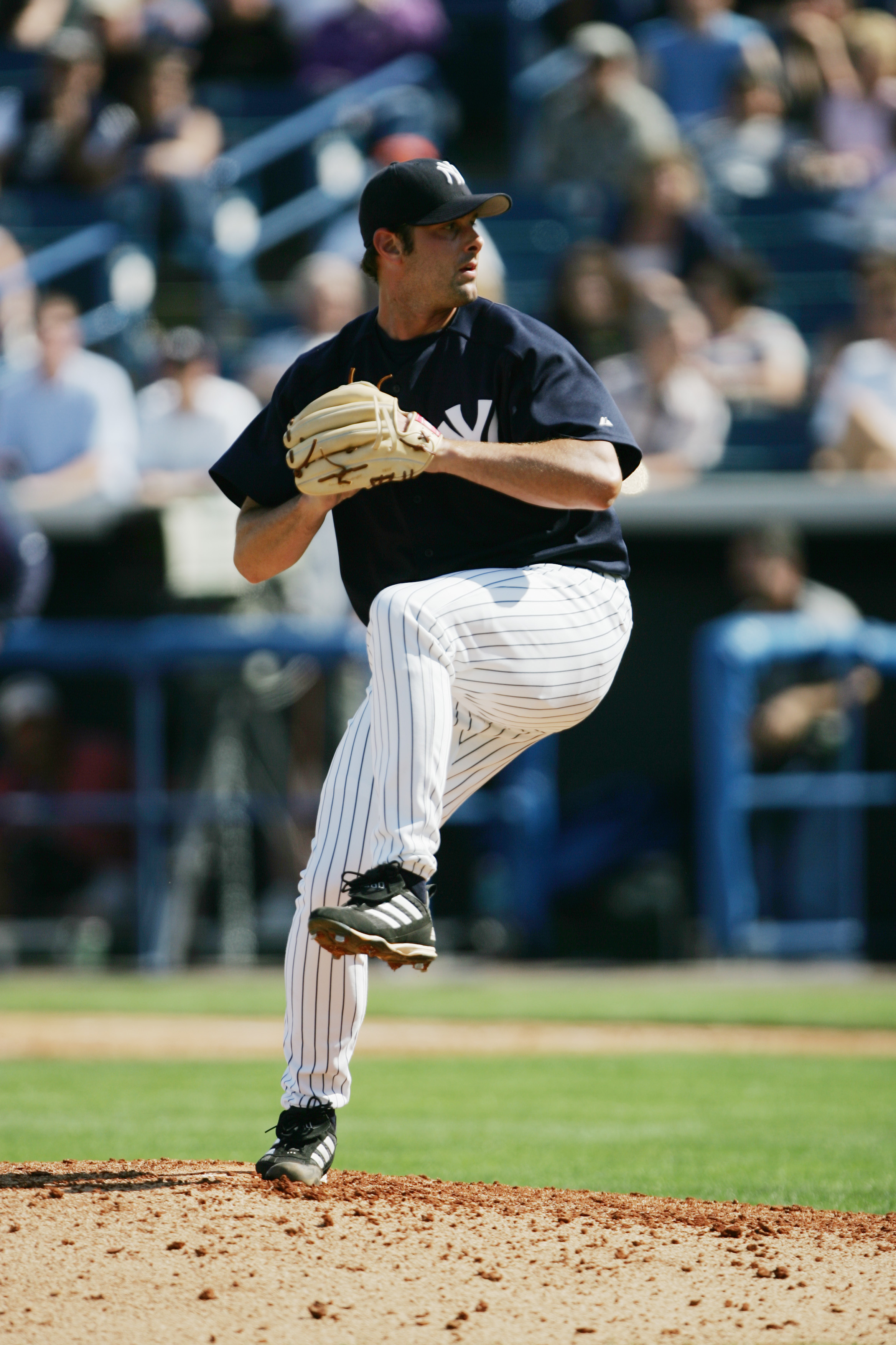 TAMPA, FL - MARCH 7:  Pitcher Steve Karsay #31 of the New York Yankees delivers against the Cleveland Indians during an MLB Spring Training game at Legends Field on March 7, 2005 in Tampa, Florida. The Indians defeated the Yankees 3-1. (Photo by Doug Pens