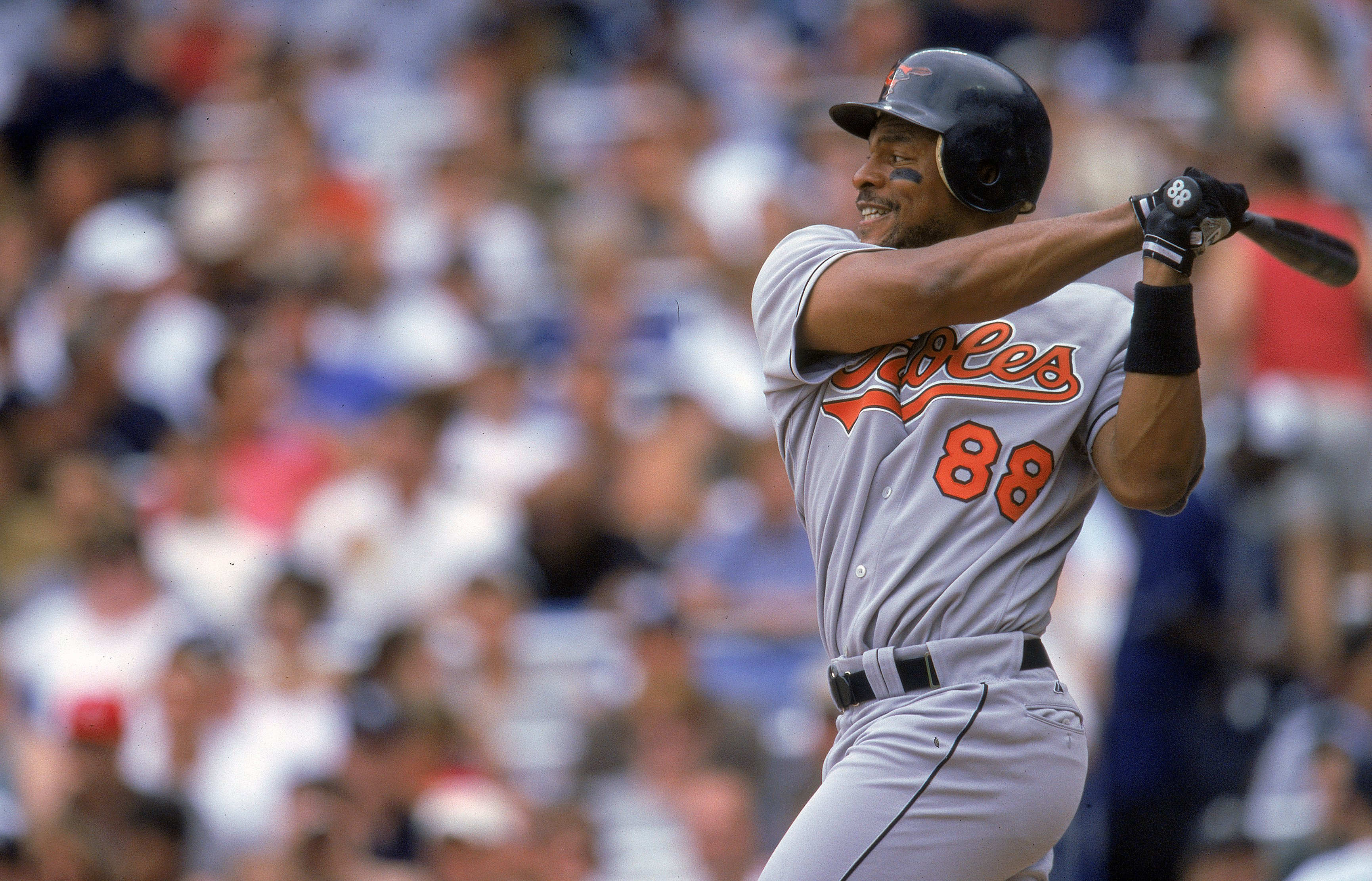 4 Jul 2000: Albert Belle #88 of the Baltimore Orioles swings at the pitch during the game against the New York Yankees at Yankee Stadium in New York, New York.  The Orioles defeated the Yankees 7-6.Mandatory Credit: Jamie Squire  /Allsport