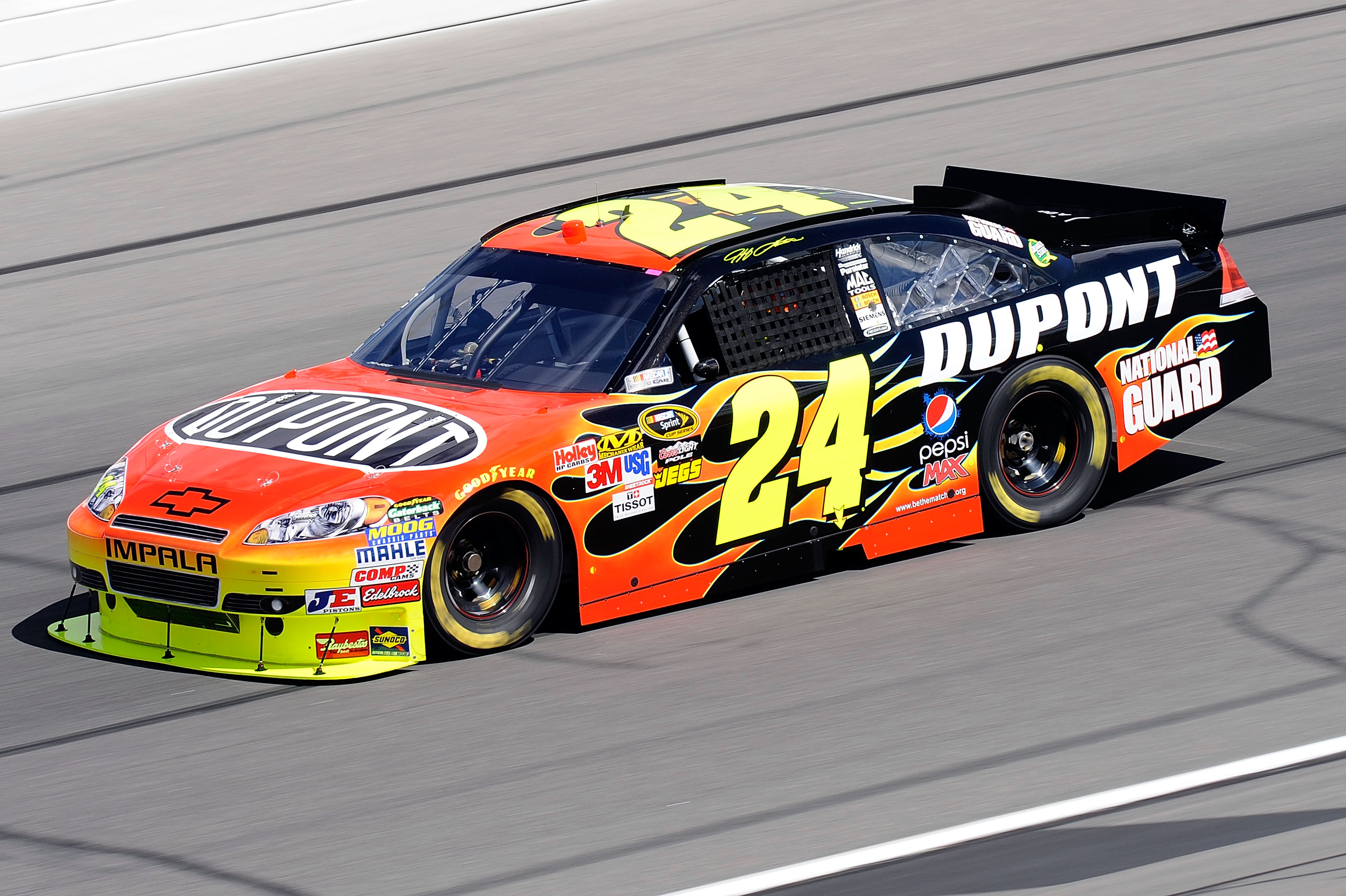 KANSAS CITY, KS - OCTOBER 02: Jeff Gordon, driver of the #24 DuPont Chevrolet, practices for the NASCAR Sprint Cup Series Price Chopper 400 on October 2, 2010 in Kansas City, Kansas.  (Photo by John Harrelson/Getty Images)