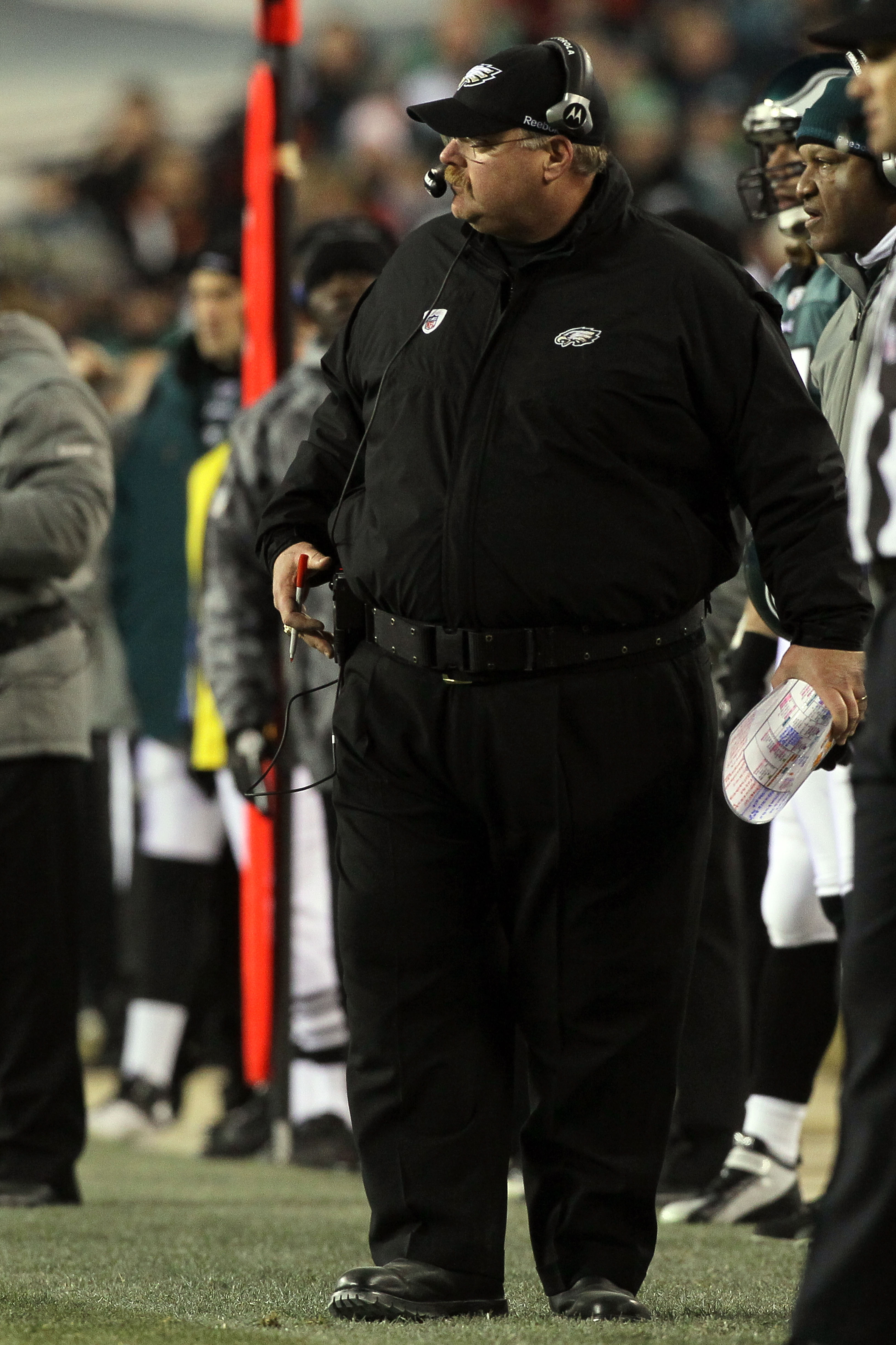 PHILADELPHIA, PA - DECEMBER 26:  Head Coach Andy Reid of the Philadelphia Eagles watches play against the Minnesota Vikings at Lincoln Financial Field on December 26, 2010 in Philadelphia, Pennsylvania.  (Photo by Jim McIsaac/Getty Images)
