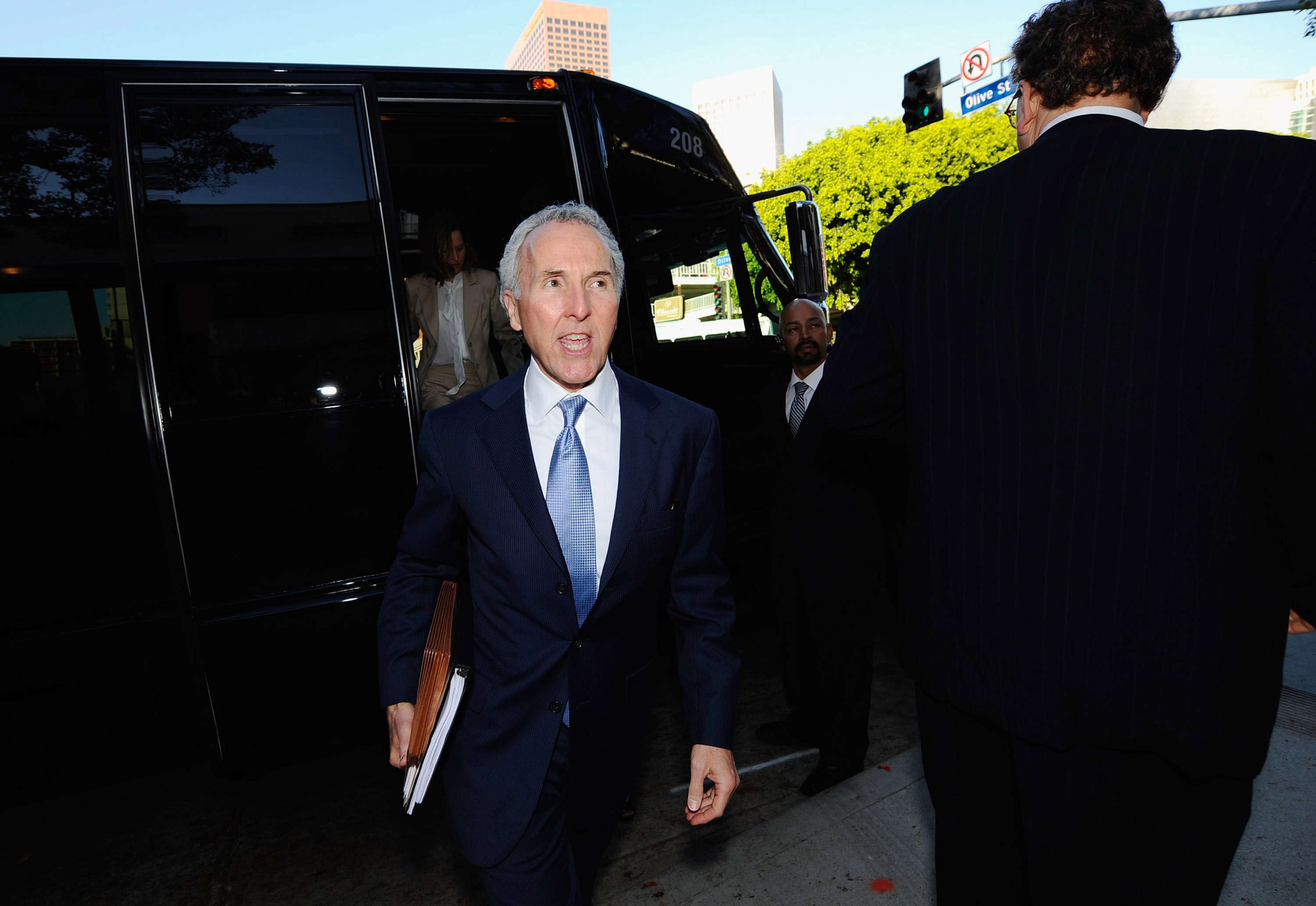 LOS ANGELES, CA - AUGUST 31:  Frank McCourt, owner of the Los Angeles Dodgers, arrives at Los Angeles County Superior Court for day two of a non-jury divorce trial on August 31, 2010 in Los Angeles, California. The trial, being presided over by Judge Scot