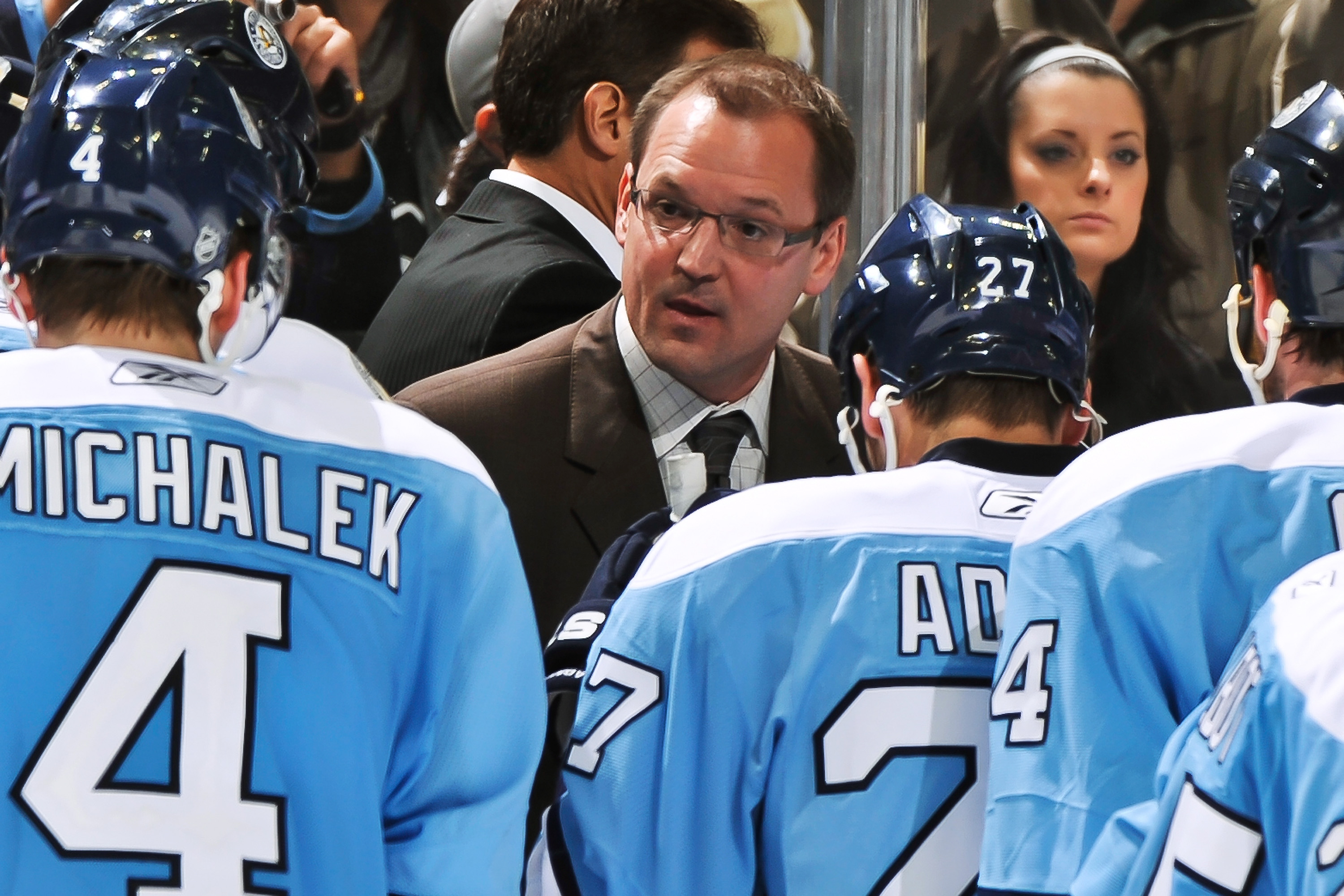 PITTSBURGH - NOVEMBER 17:  Head Coach Dan Bylsma of the Pittsburgh Penguins addresses his players during a timeout in a game against the Vancouver Canucks on November 17, 2010 at Consol Energy Center in Pittsburgh, Pennsylvania.  (Photo by Jamie Sabau/Get