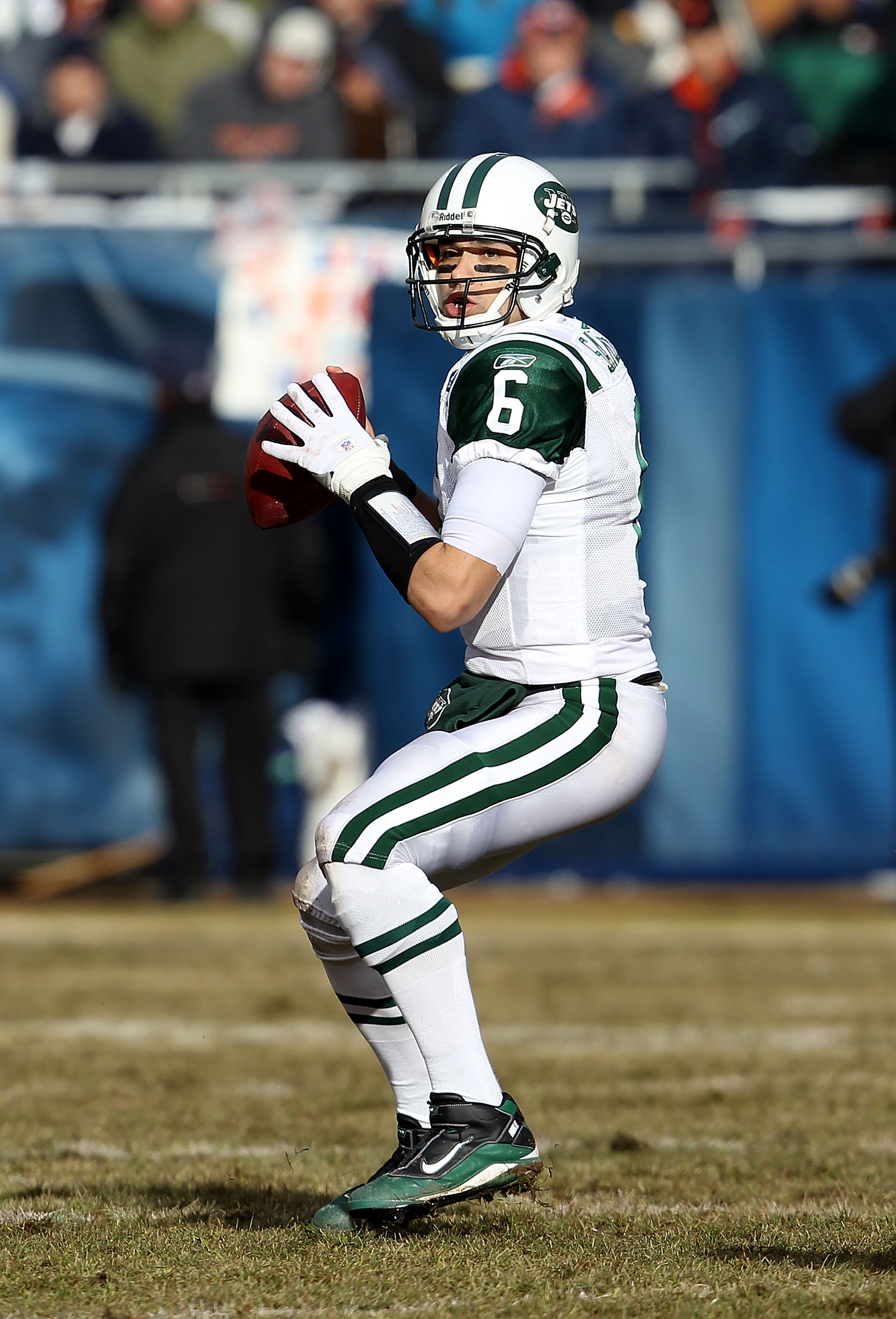 CHICAGO, IL - DECEMBER 26: Mark Sanchez #6 of the New York Jets looks for a receiver against the Chicago Bears at Soldier Field on December 26, 2010 in Chicago, Illinois. The Bears defeated the Jets 38-34. (Photo by Jonathan Daniel/Getty Images)