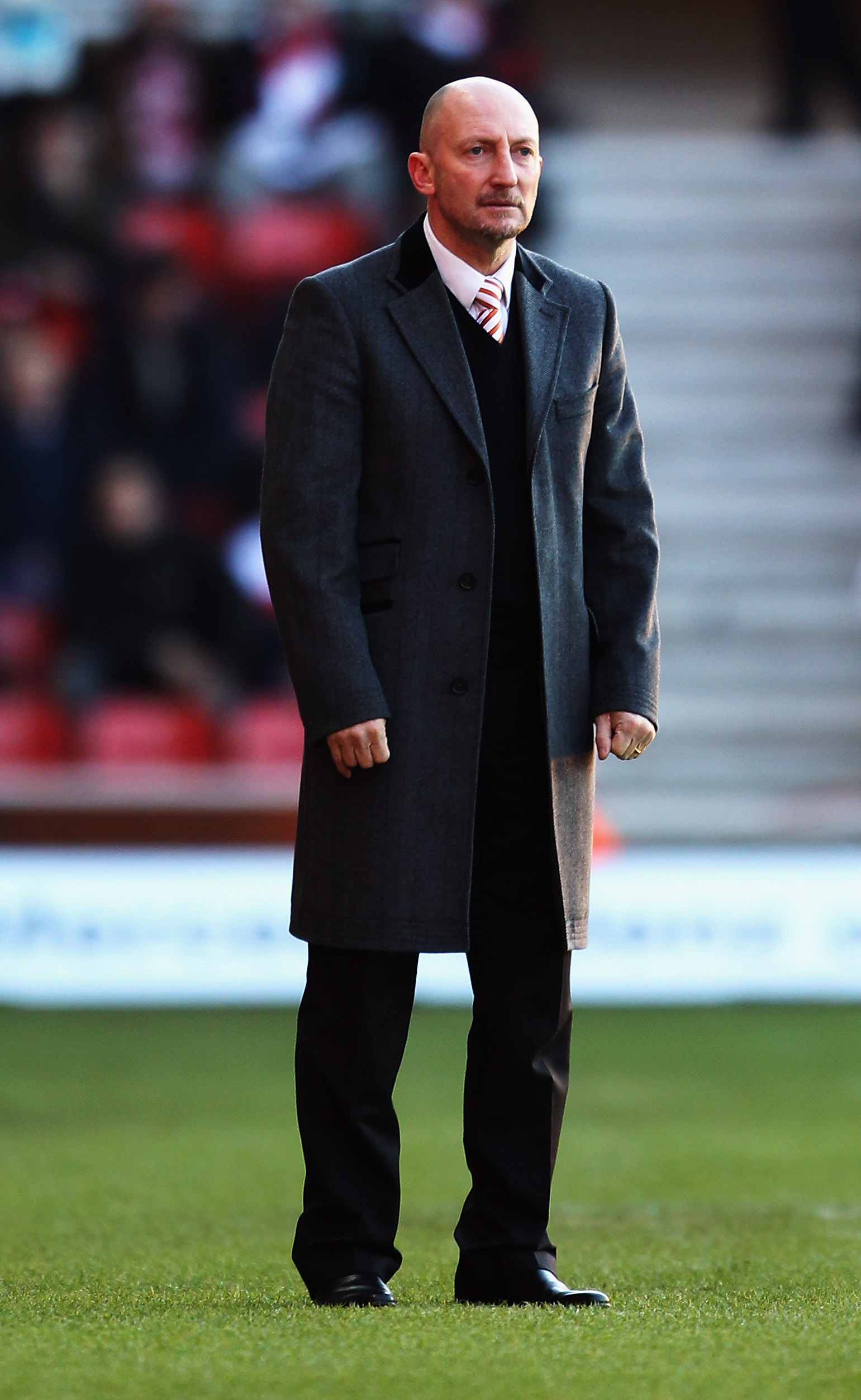 SOUTHAMPTON, ENGLAND - JANUARY 08:  Blackpool Manager Ian Holloway looks on during the FA Cup Sponsored by E.on 3rd Round match between Southampton and Blackpool at St Mary's Stadium on January 8, 2011 in Southampton, England.  (Photo by Bryn Lennon/Getty