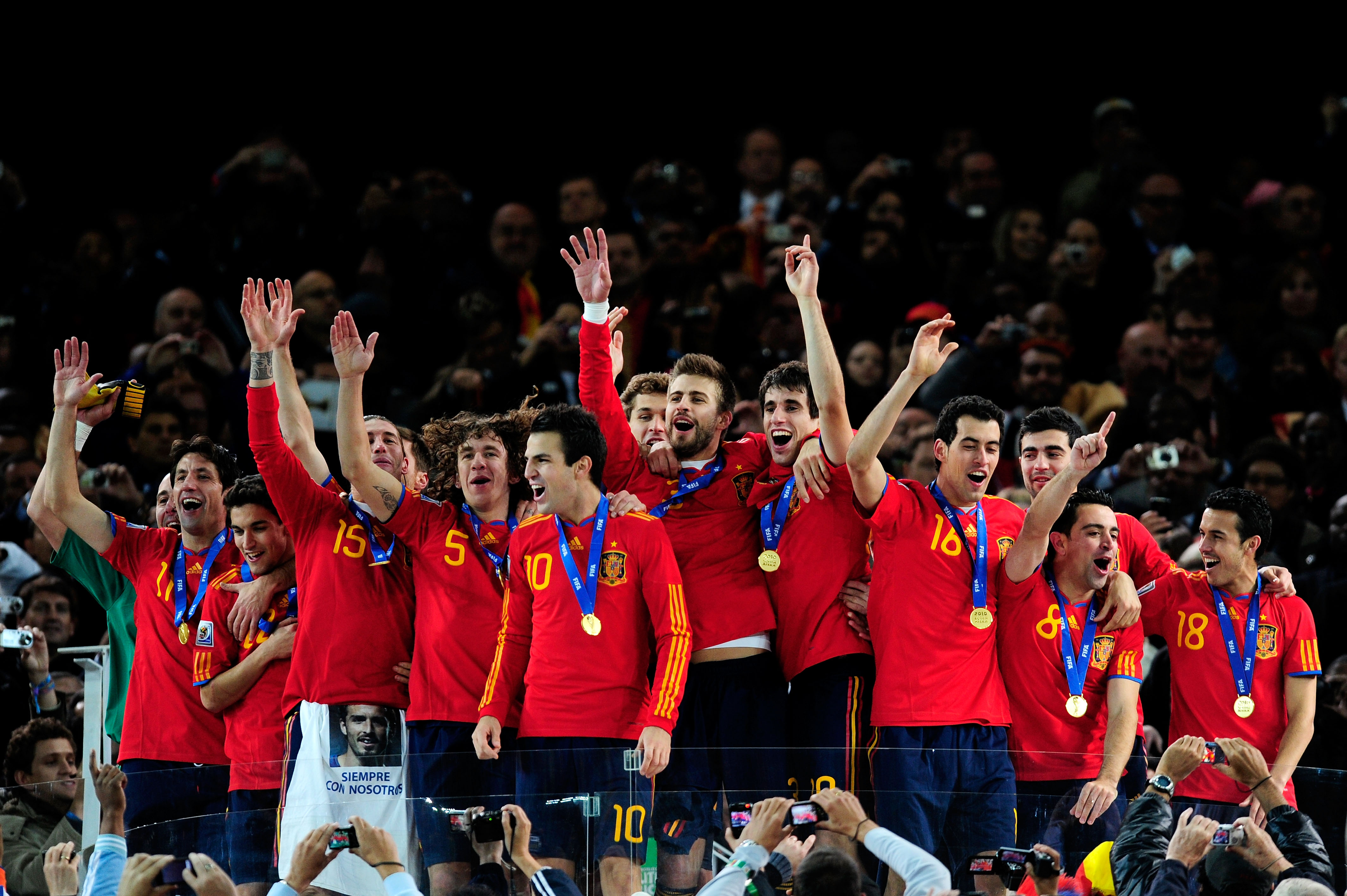 JOHANNESBURG, SOUTH AFRICA - JULY 11:  The Spain team celebrate winning the World Cup during the 2010 FIFA World Cup South Africa Final match between Netherlands and Spain at Soccer City Stadium on July 11, 2010 in Johannesburg, South Africa.  (Photo by J
