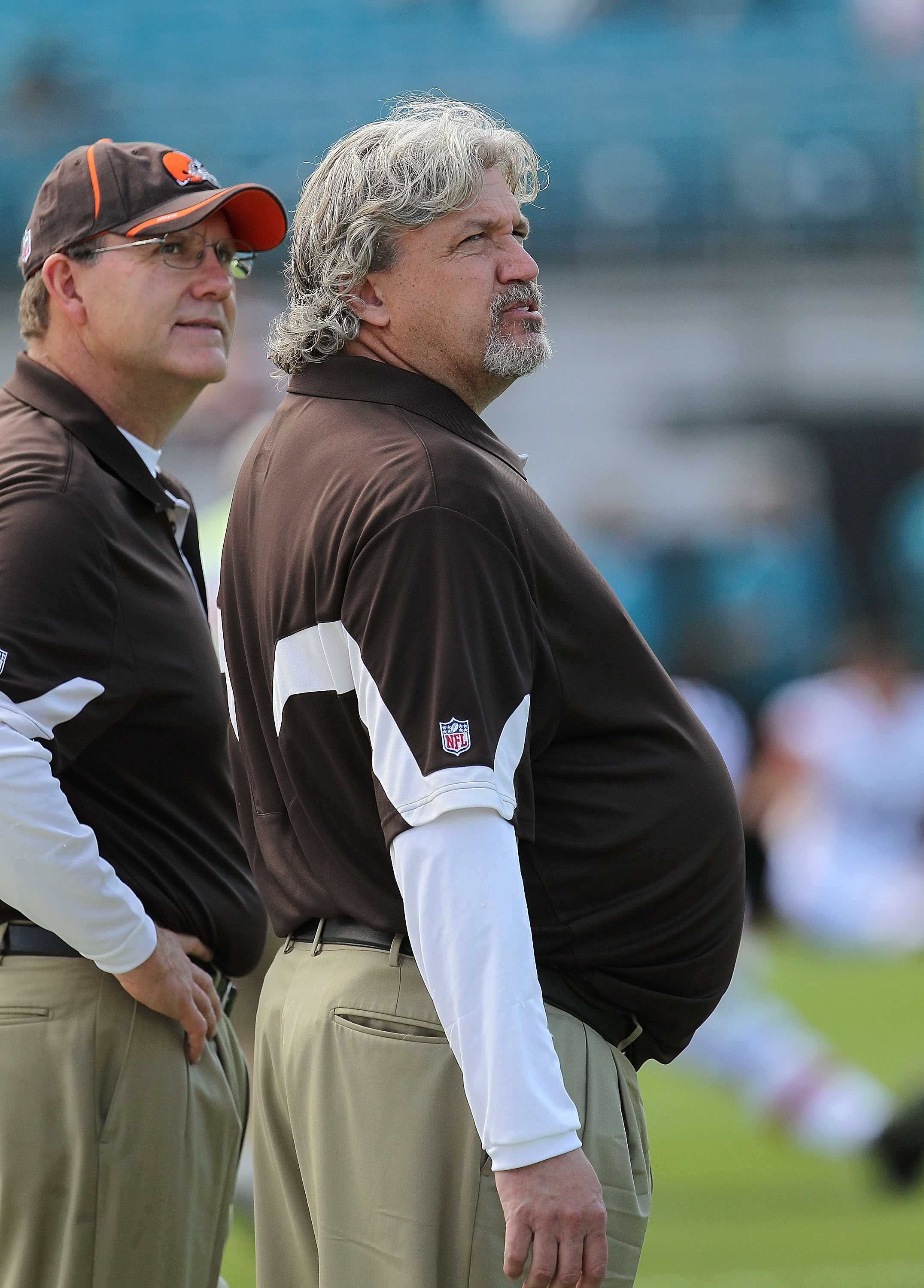 JACKSONVILLE, FL - NOVEMBER 21:  Cleveland Browns defensive coodinator Rob Ryan watches warmups during a game agaisnt the Jacksonville Jaguars at EverBank Field on November 21, 2010 in Jacksonville, Florida.  (Photo by Mike Ehrmann/Getty Images)