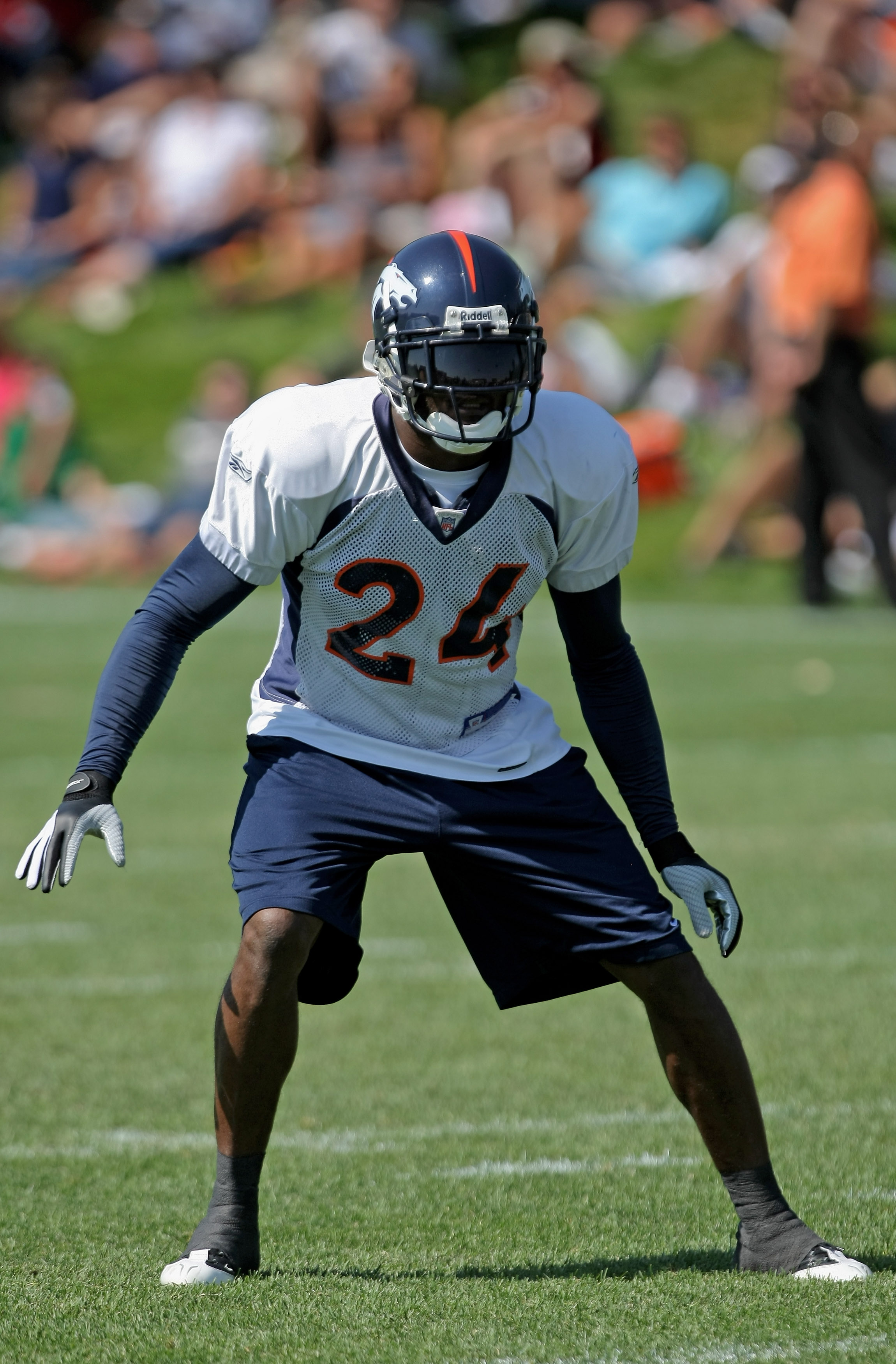 ENGLEWOOD, CO - JULY 29:  Cornerback Champ Bailey #24 of the Denver Broncos participates in the morning session during training camp at the Bronco facility July 29, 2008 in Englewood, Colorado.  (Photo by Doug Pensinger/Getty Images)