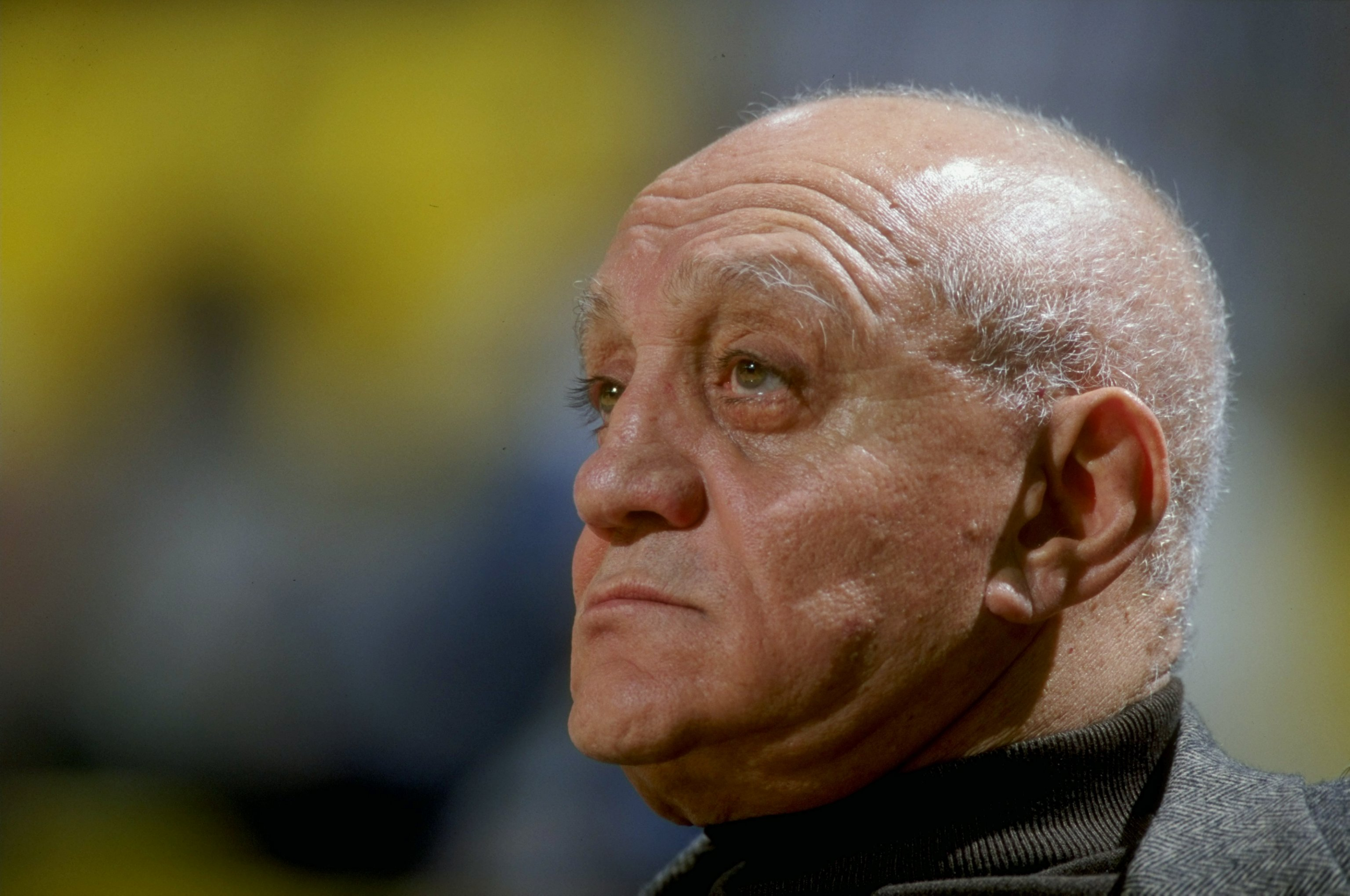 26 Nov 1998:  Head coach Jerry Tarkanian of Fresno State Bulldogs looks on during the Carrs Great Alaska Shootout Game against Alaska Anchorage at the Sullivan Arena in Anchorage, Alaska. Mandatory Credit: Todd Warshaw  /Allsport