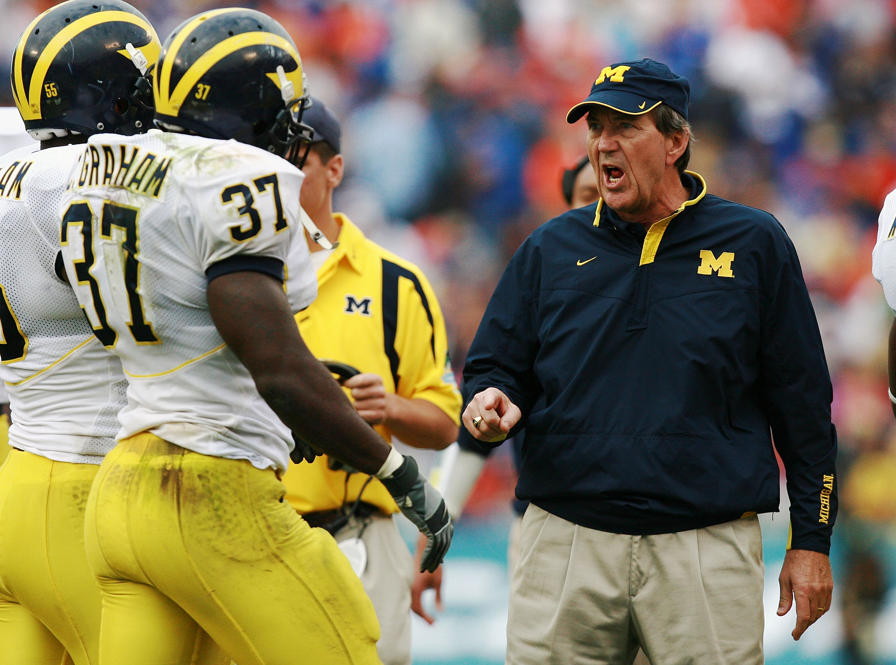 ORLANDO, FL - JANUARY 01:  Head coach Lloyd Carr of the Michigan Wolverines yells toward his players during their victory over the Florida Gators in the Capital One Bowl at Florida Citrus Bowl on January 1, 2008 in Orlando, Florida. Michigan defeated Flor