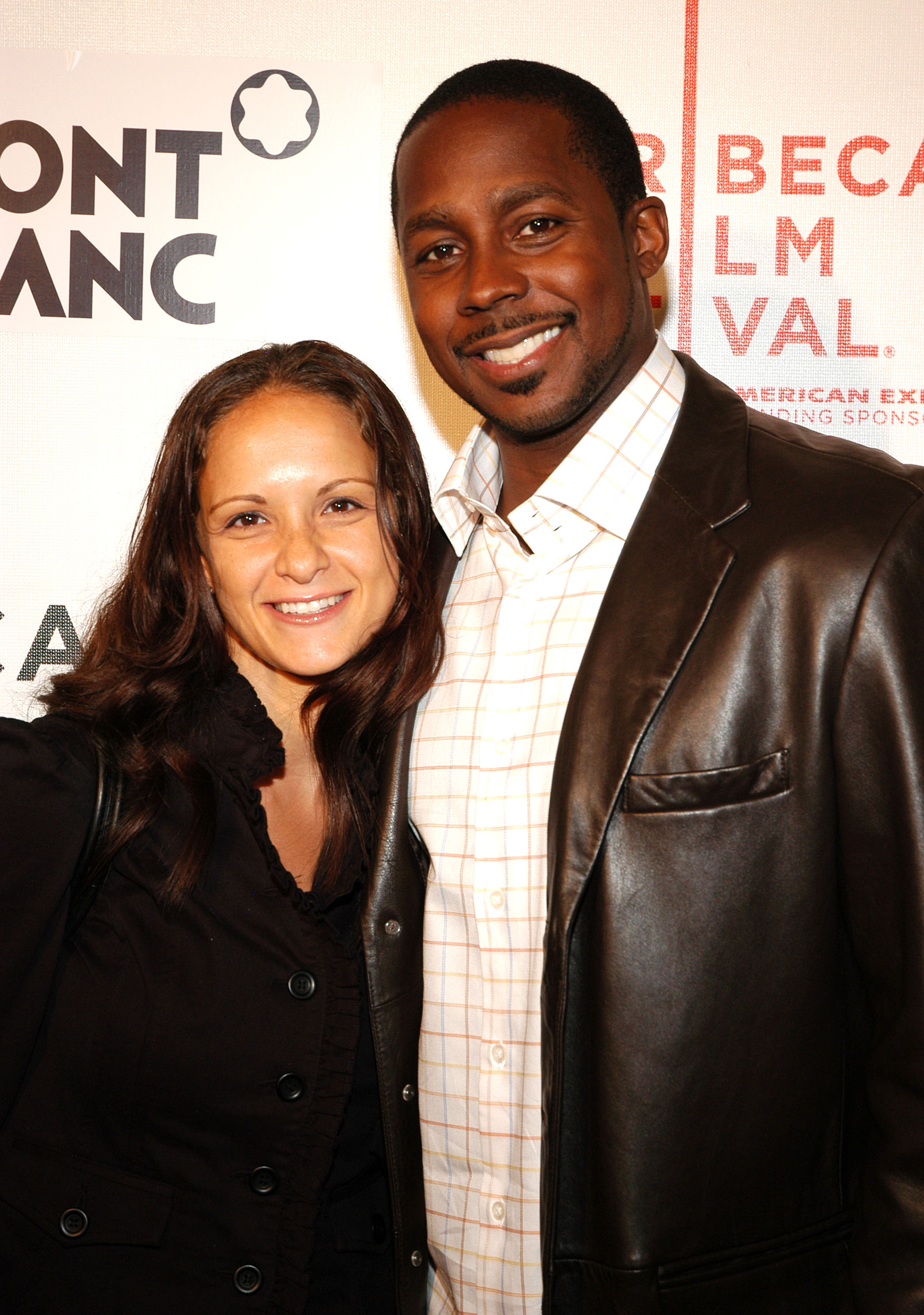 NEW YORK - APRIL 28:  NFL player Desmond Howard and his wife Rebkah attend the premiere of the Power Of The Game at the 2007 Tribeca Film Festival April 28, 2007 in New York City.  (Photo by Steven Henry/Getty Images for Tribeca Film Festival)