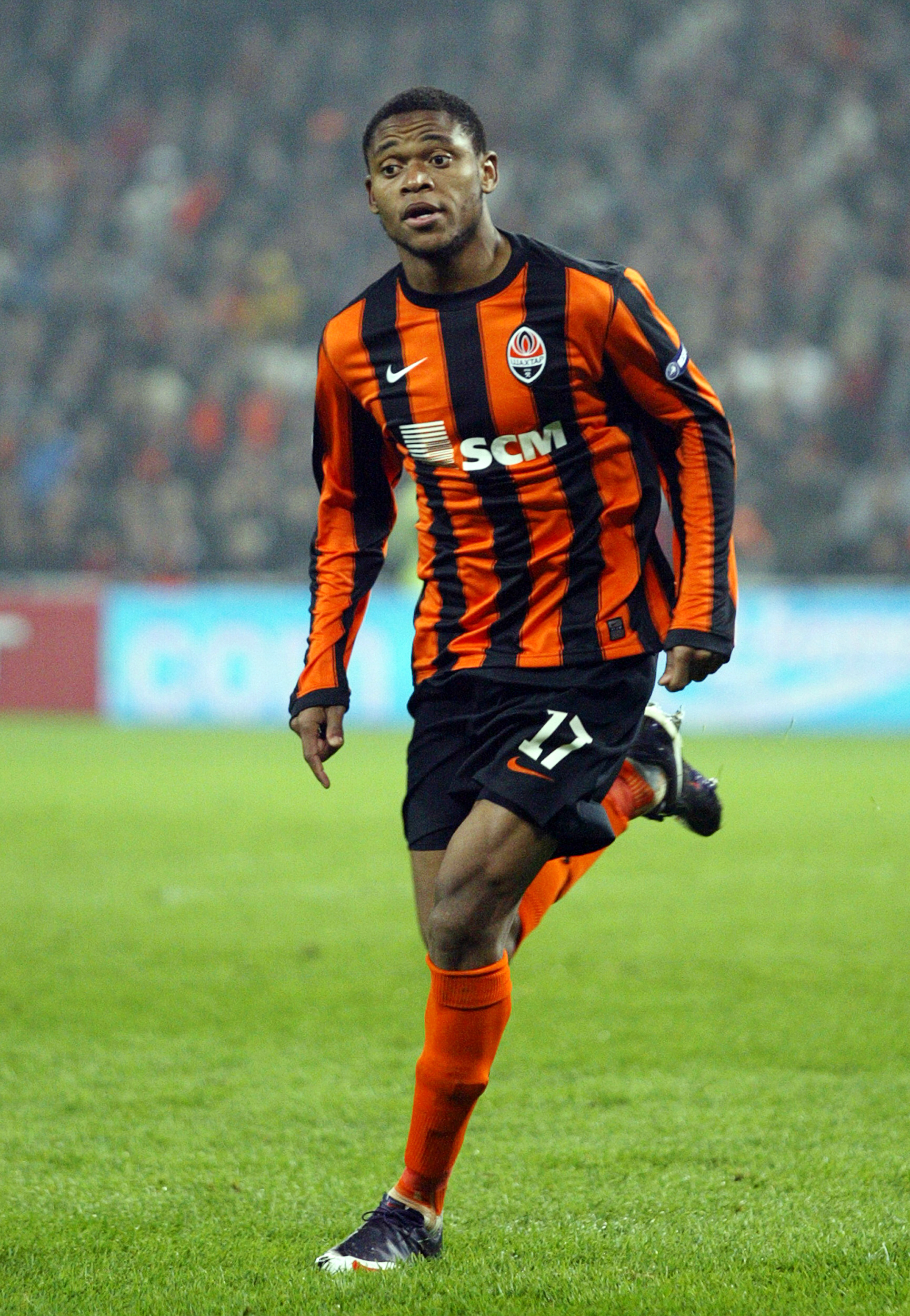 DONETSK, UKRAINE - OCTOBER 18:  Luiz Adriano of FC Shakhtar Donetsk during the Ukrainian League match between FC Shakhtar Donetsk and FC Karpaty Lviv held on October 18, 2009 at the Donbass Arena, in Donetsk, Ukraine. (Photo by Alexander Khudoteply/EuroFo