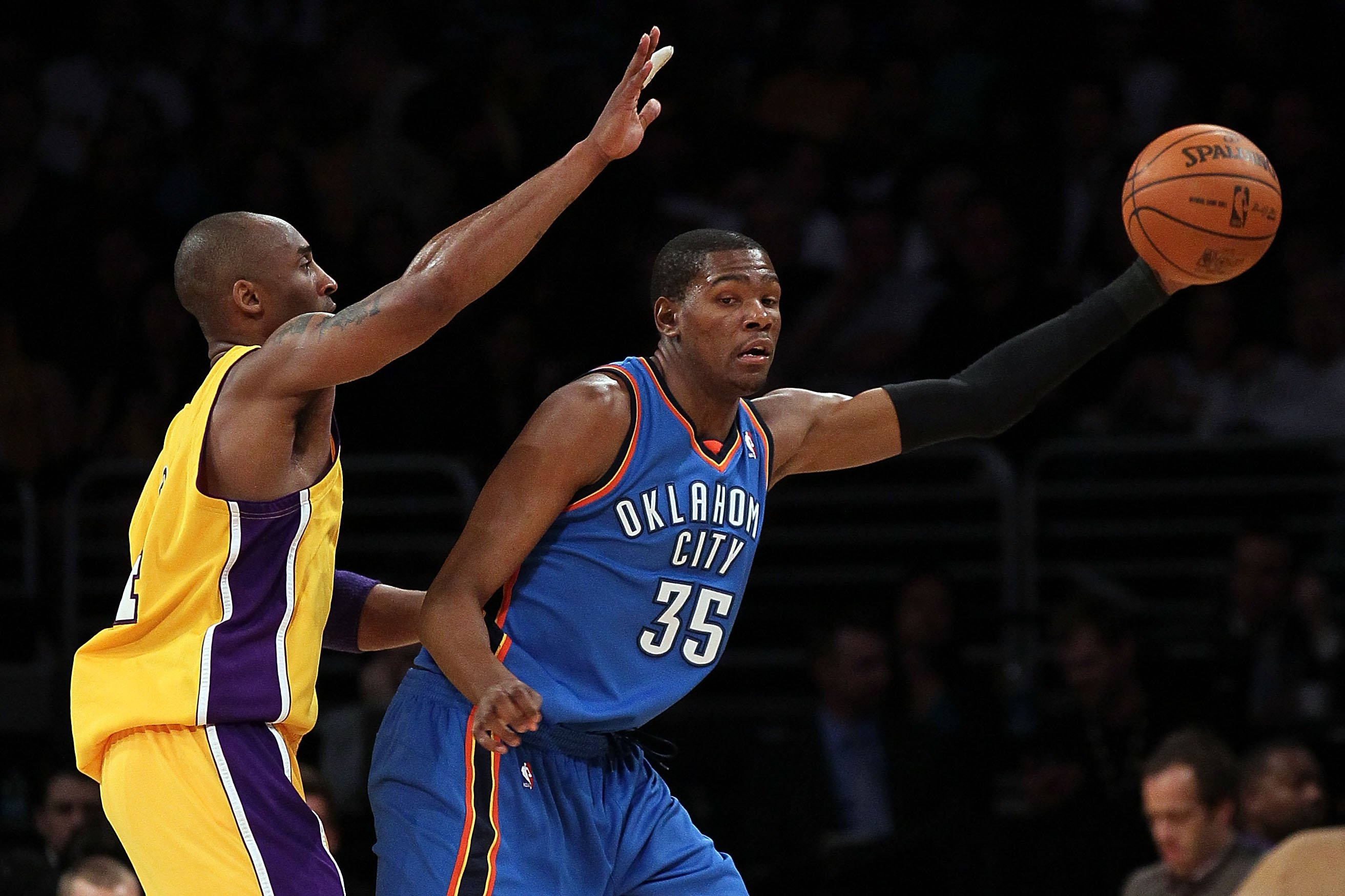 LOS ANGELES, CA - APRIL 27:  Kevin Durant #35 of the Oklahoma City Thunder posts up Kobe Bryant #24 of the Los Angeles Lakers during Game Five of the Western Conference Quarterfinals of the 2010 NBA Playoffs at Staples Center on April 27, 2010 in Los Ange