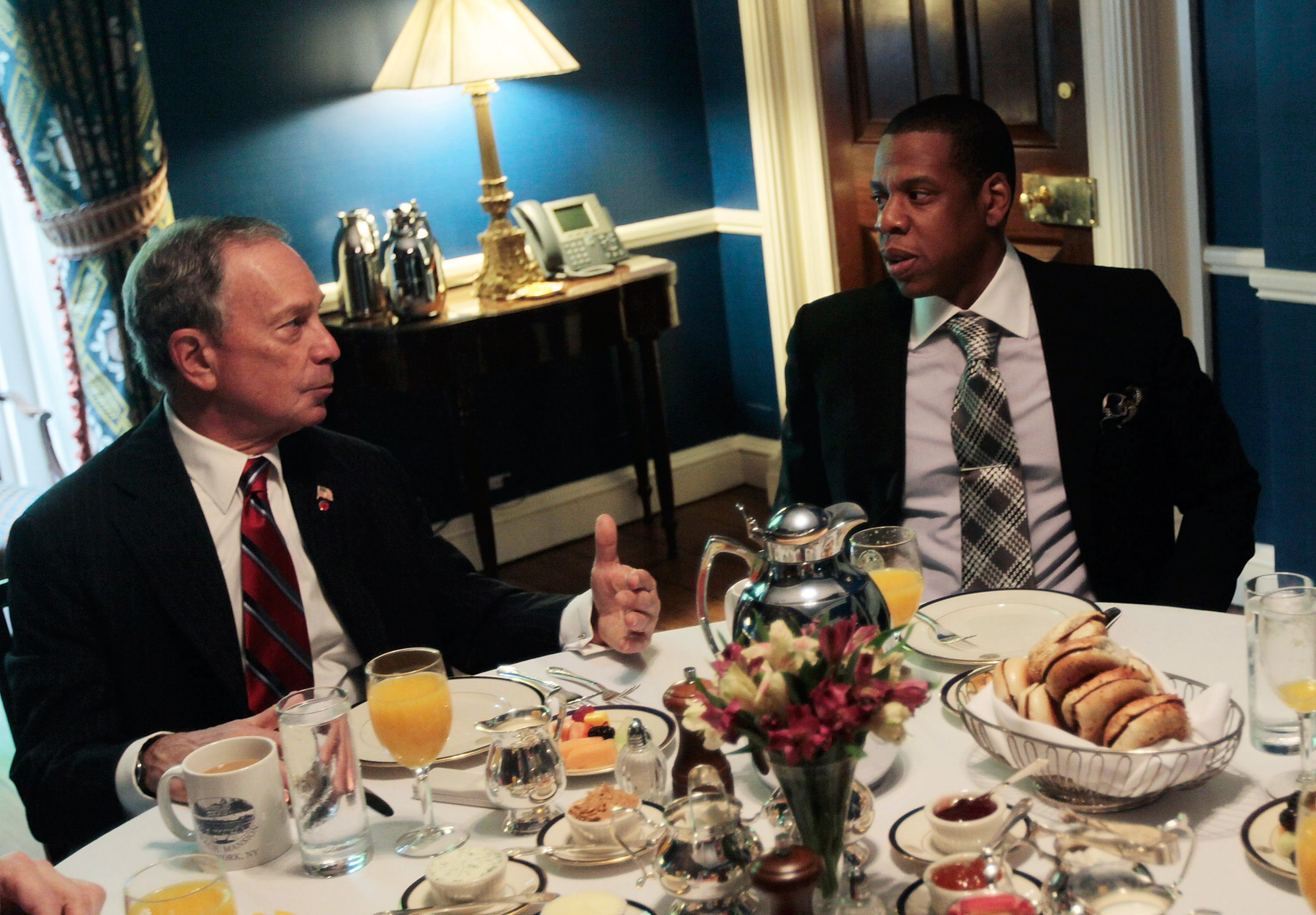 NEW YORK - MAY 19:  New York City Mayor Michael Bloomberg (L), and rapper and New Jersey Nets basketball team co-owner Shawn 'Jay-Z' Carter (R), attend a breakfast meeting at Gracie Mansion May 19, 2010 in New York City.  The rapper has been involved with