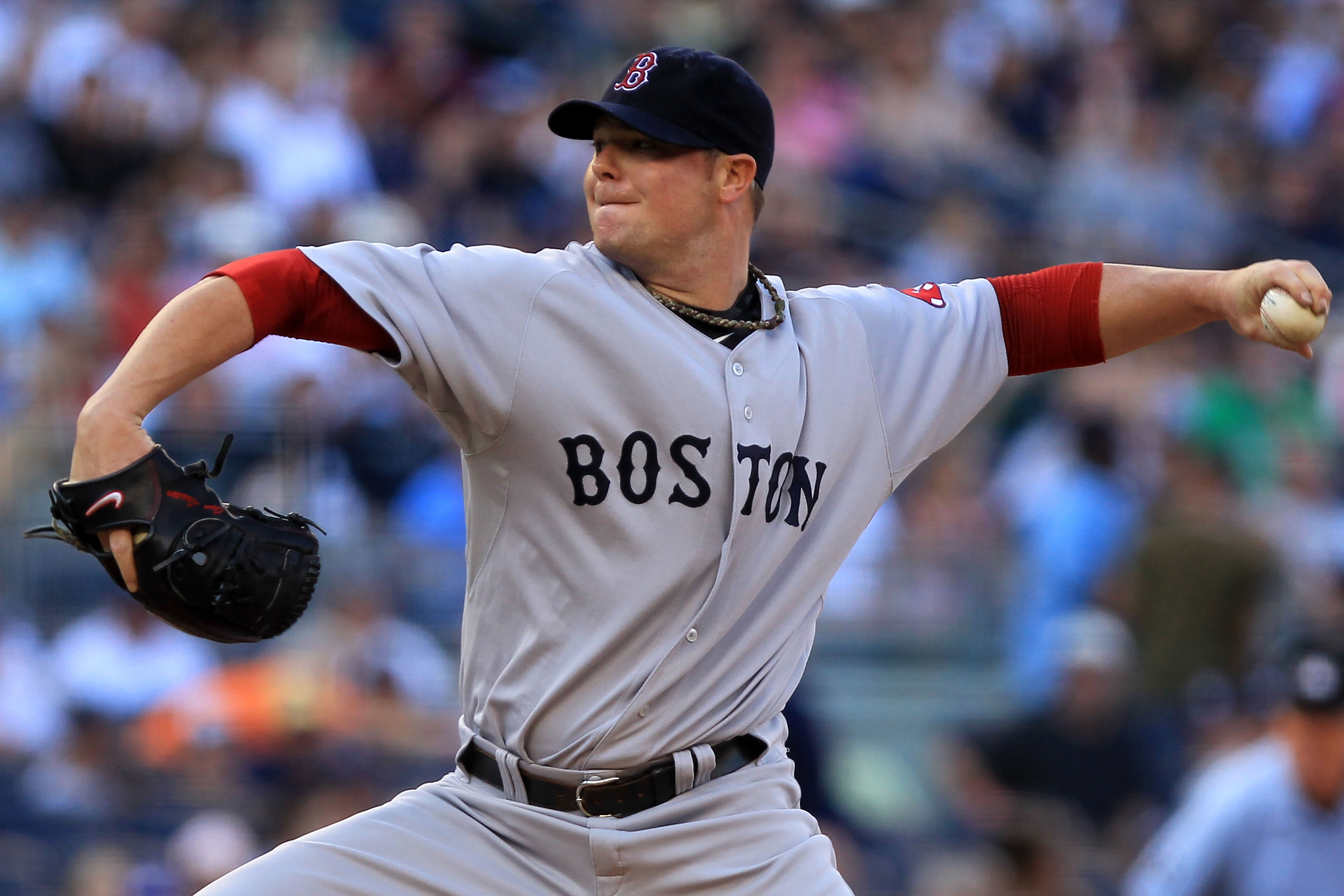 NEW YORK - SEPTEMBER 25:  Jon Lester #31 of the Boston Red Sox pitches against the New York Yankees during their game on September 25, 2010 at Yankee Stadium in the Bronx borough of New York City.  (Photo by Chris McGrath/Getty Images)