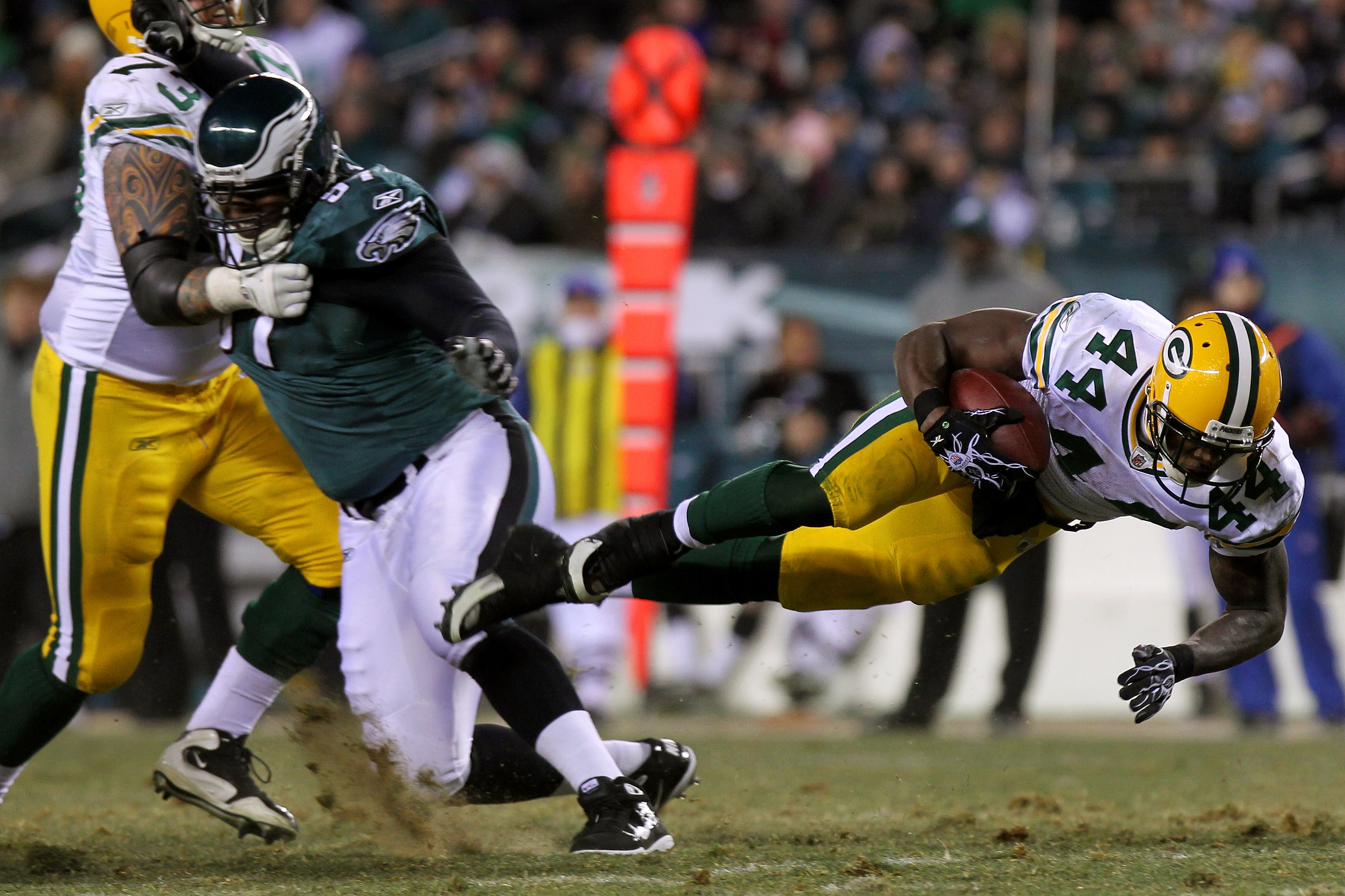 Can Packers rookie RB James Starks (right, #44) shred the Falcons the same way he did the Eagles?