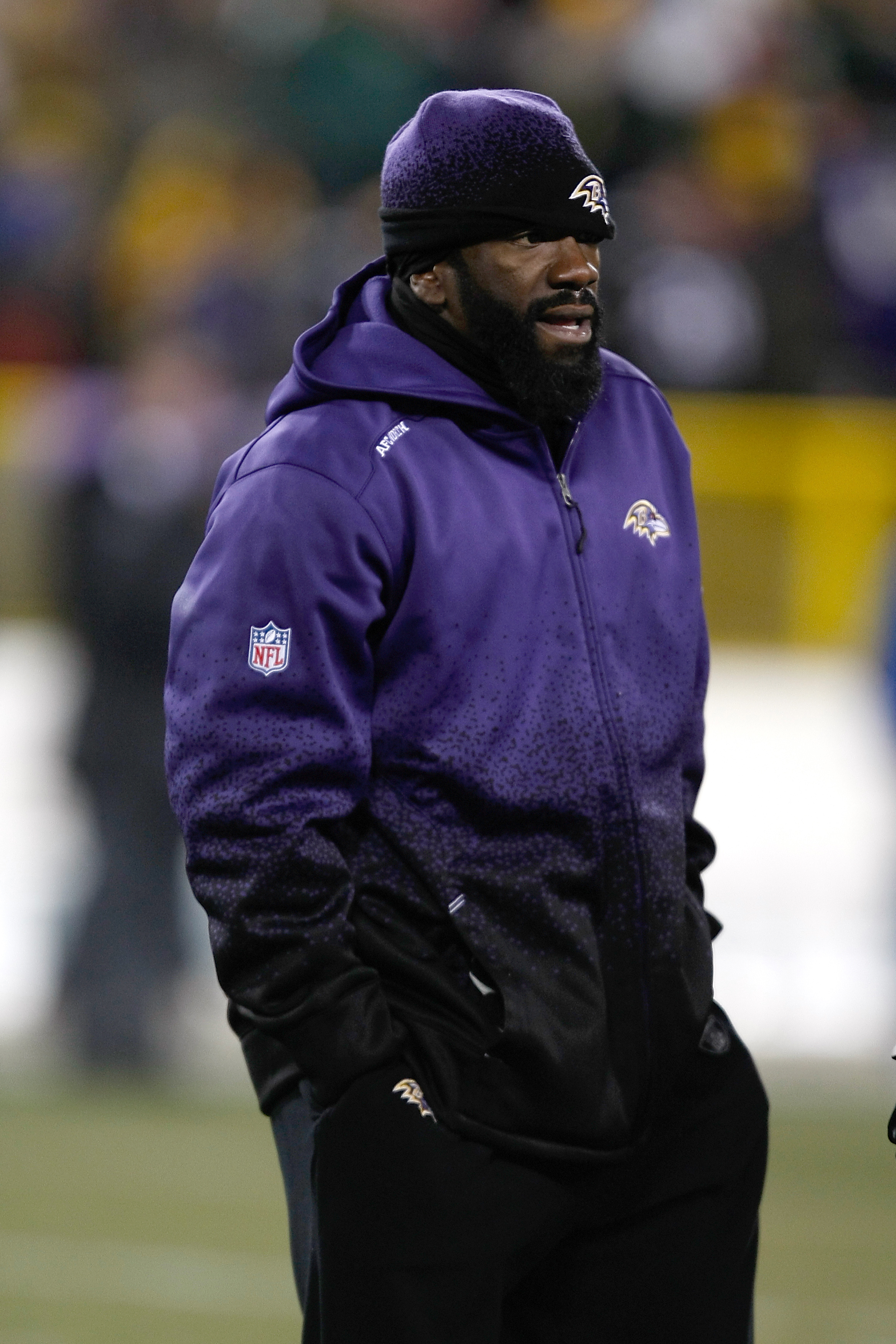 GREEN BAY, WI - DECEMBER 7: Defensive back Ed Reed #20 of the Baltimore Ravens stands on the field in warm ups after being deactivated from the game due to injury prior to the game against the Green Bay Packers at Lambeau Field on December 7, 2009 in Gree