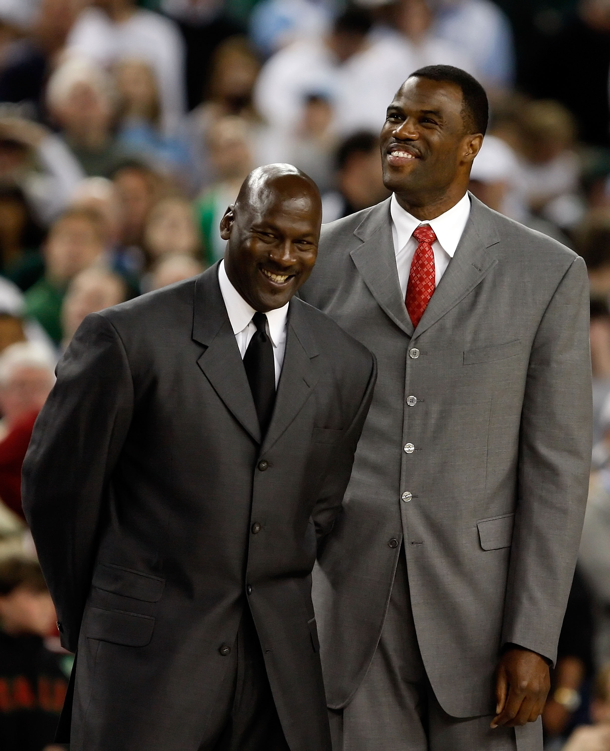 DETROIT - APRIL 06:  (L-R) Michael Jordan and David Robinson are announced as members of the 2009 Hall-of-Fame class at halftime of the Michigan State Spartans and the North Carolina Tar Heels during the 2009 NCAA Division I Men's Basketball National Cham