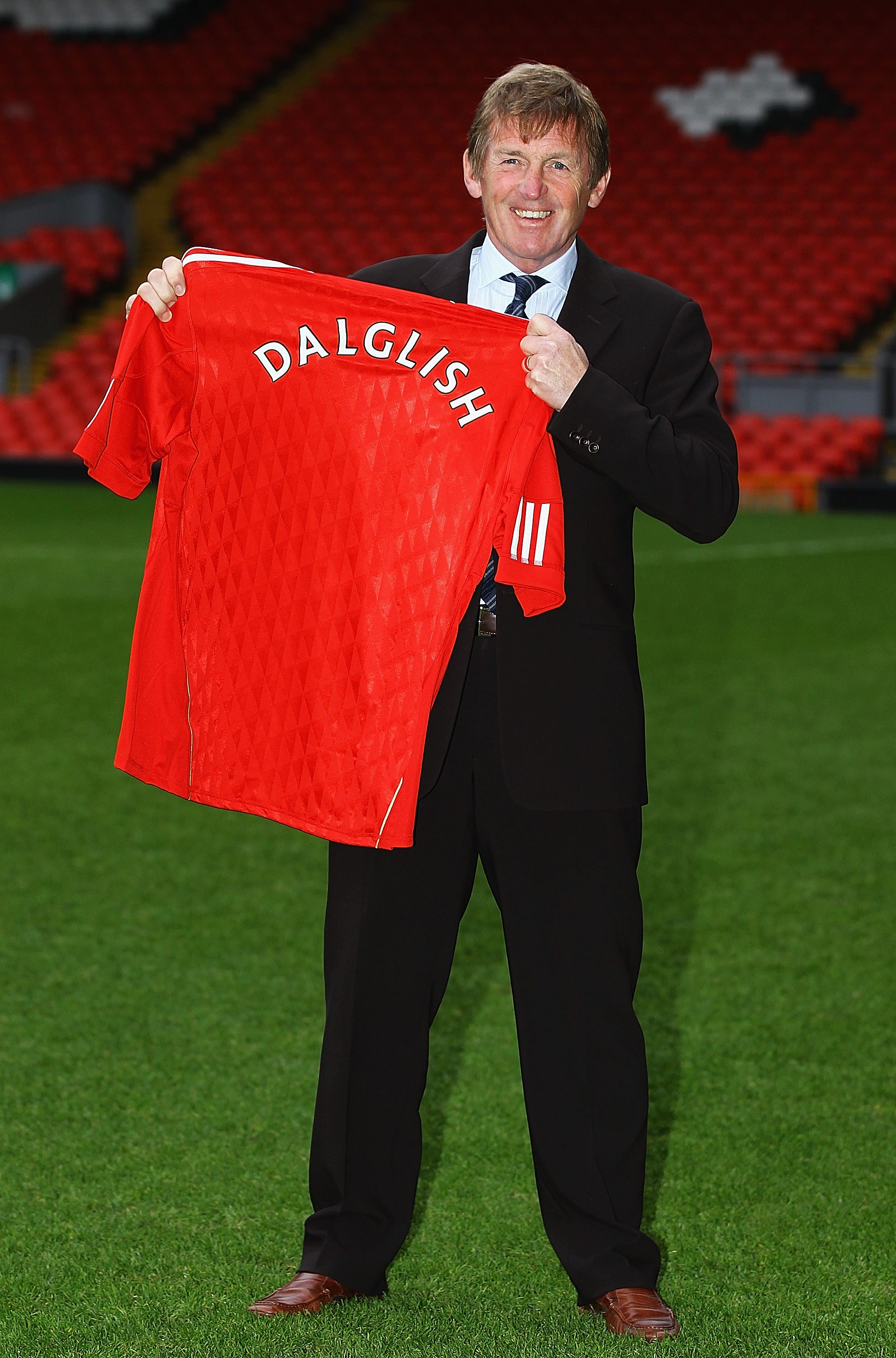 LIVERPOOL, ENGLAND - JANUARY 10:  Kenny Dalglish is formally introduced as the manager of Liverpool FC at Anfield on January 10, 2011 in Liverpool, England.  (Photo by Matthew Lewis/Getty Images)