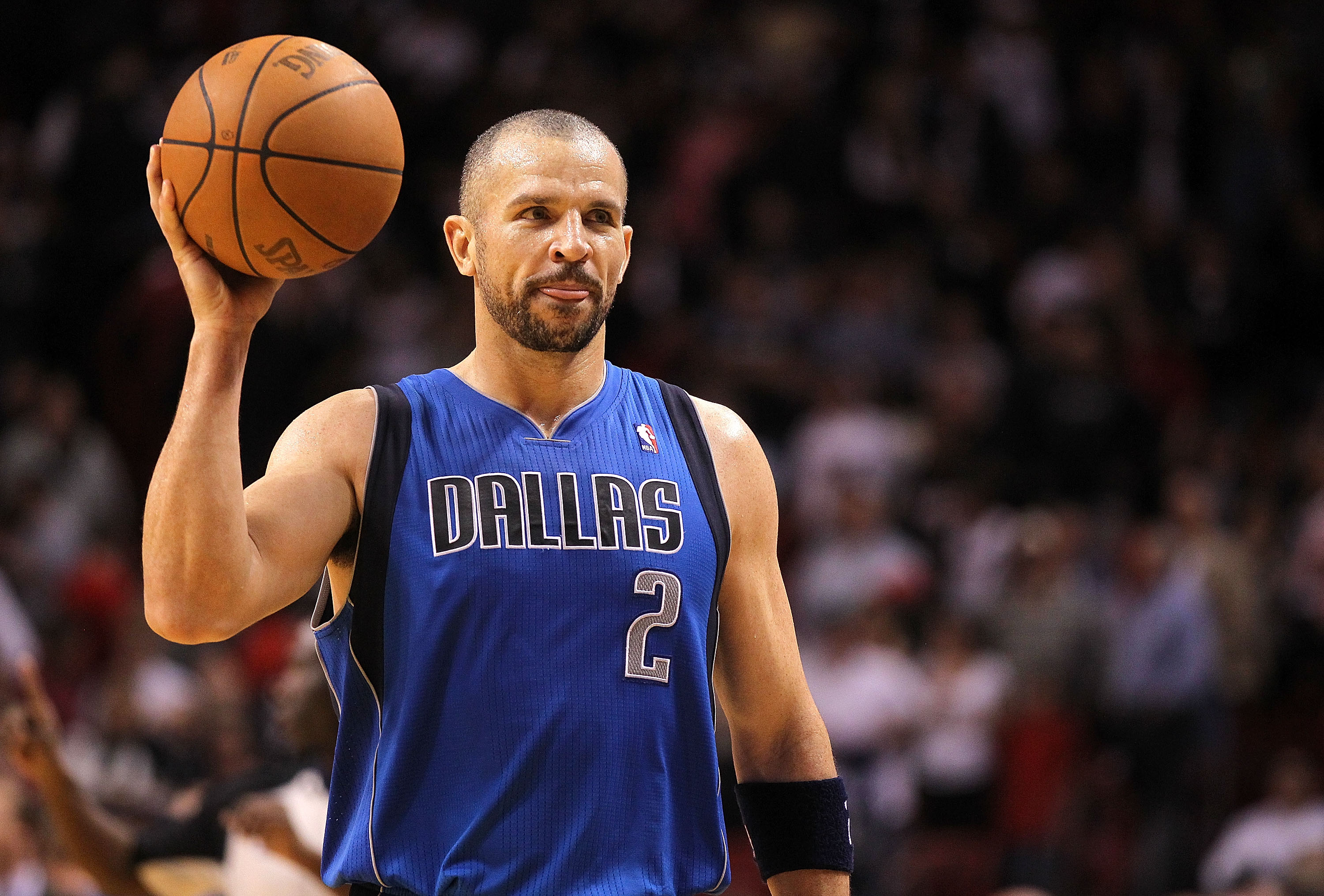 MIAMI, FL - DECEMBER 20:  Jason Kidd #2 of the Dallas Mavericks passes the ball during a game against the Miami Heat at American Airlines Arena on December 20, 2010 in Miami, Florida. NOTE TO USER: User expressly acknowledges and agrees that, by downloadi
