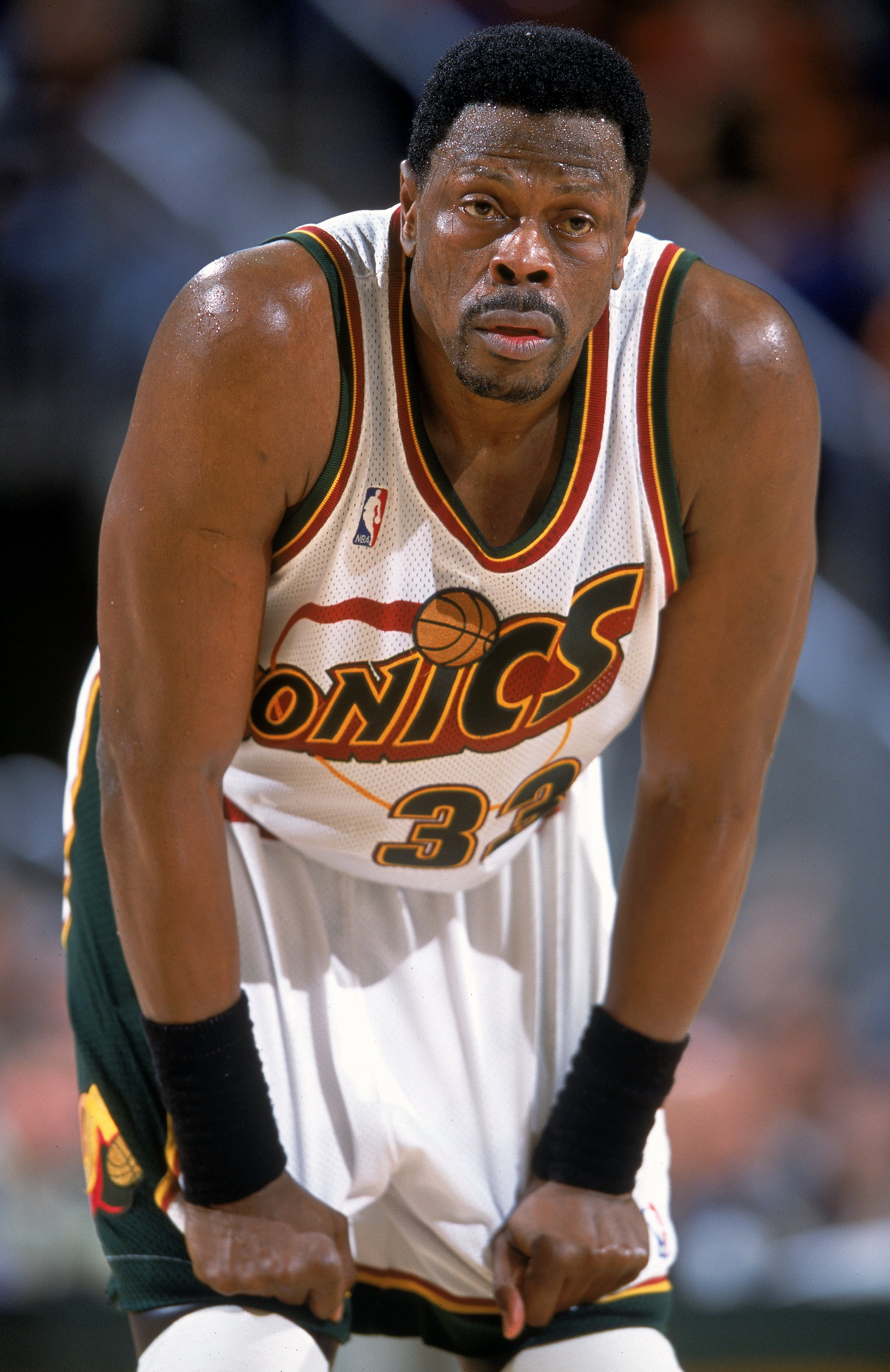 a8c669b9e901 9 Dec 2000  Patrick Ewing  33 of the Seattle SuperSonics looks on from the