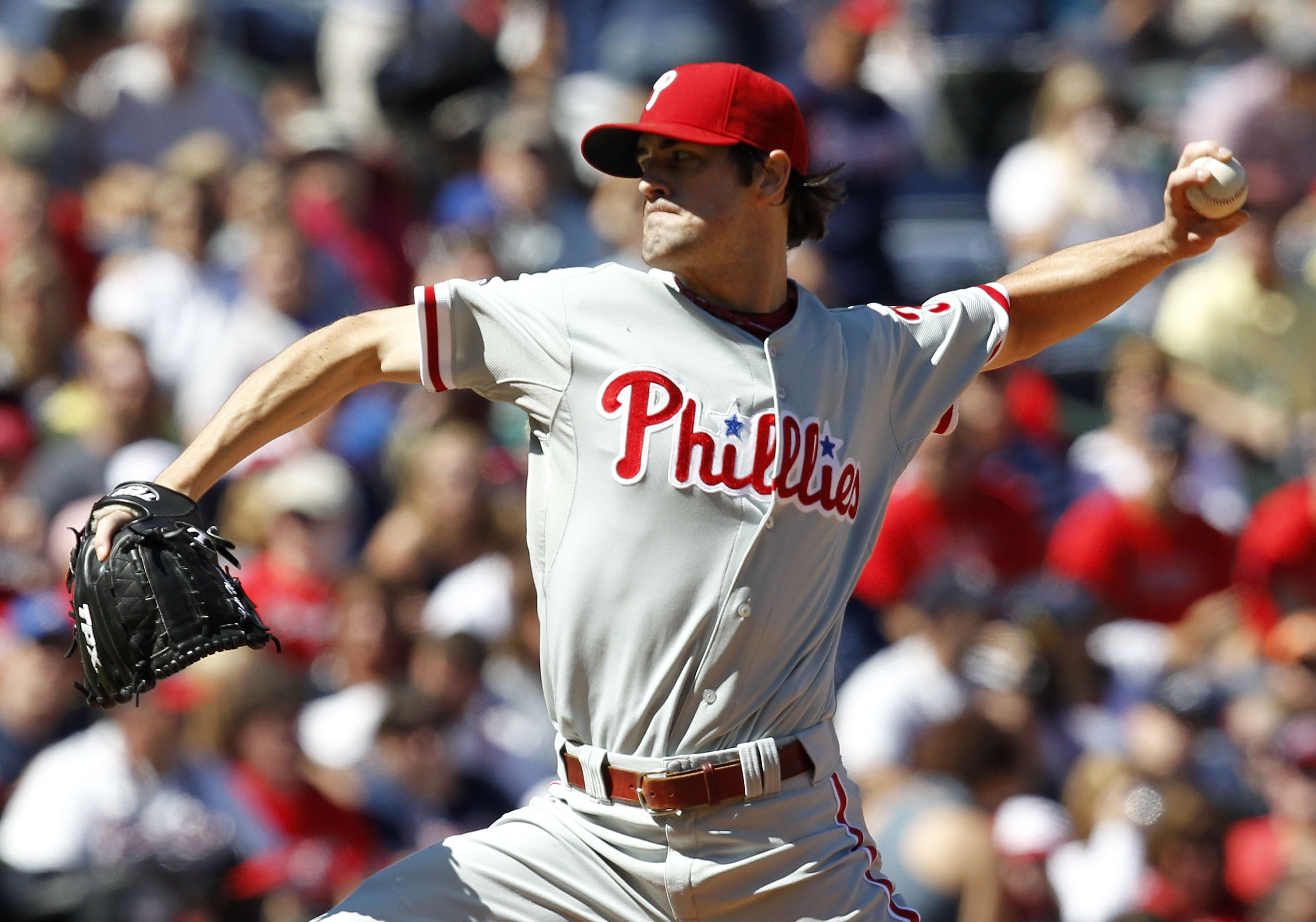 ATLANTA - OCTOBER 3:  Pitcher Cole Hamels #35 of the Philadelphia Phillies throws a pitch during the game against the Atlanta Braves at Turner Field on October 3, 2010 in Atlanta, Georgia. The Braves beat the Phillies 8-7.  (Photo by Mike Zarrilli/Getty I