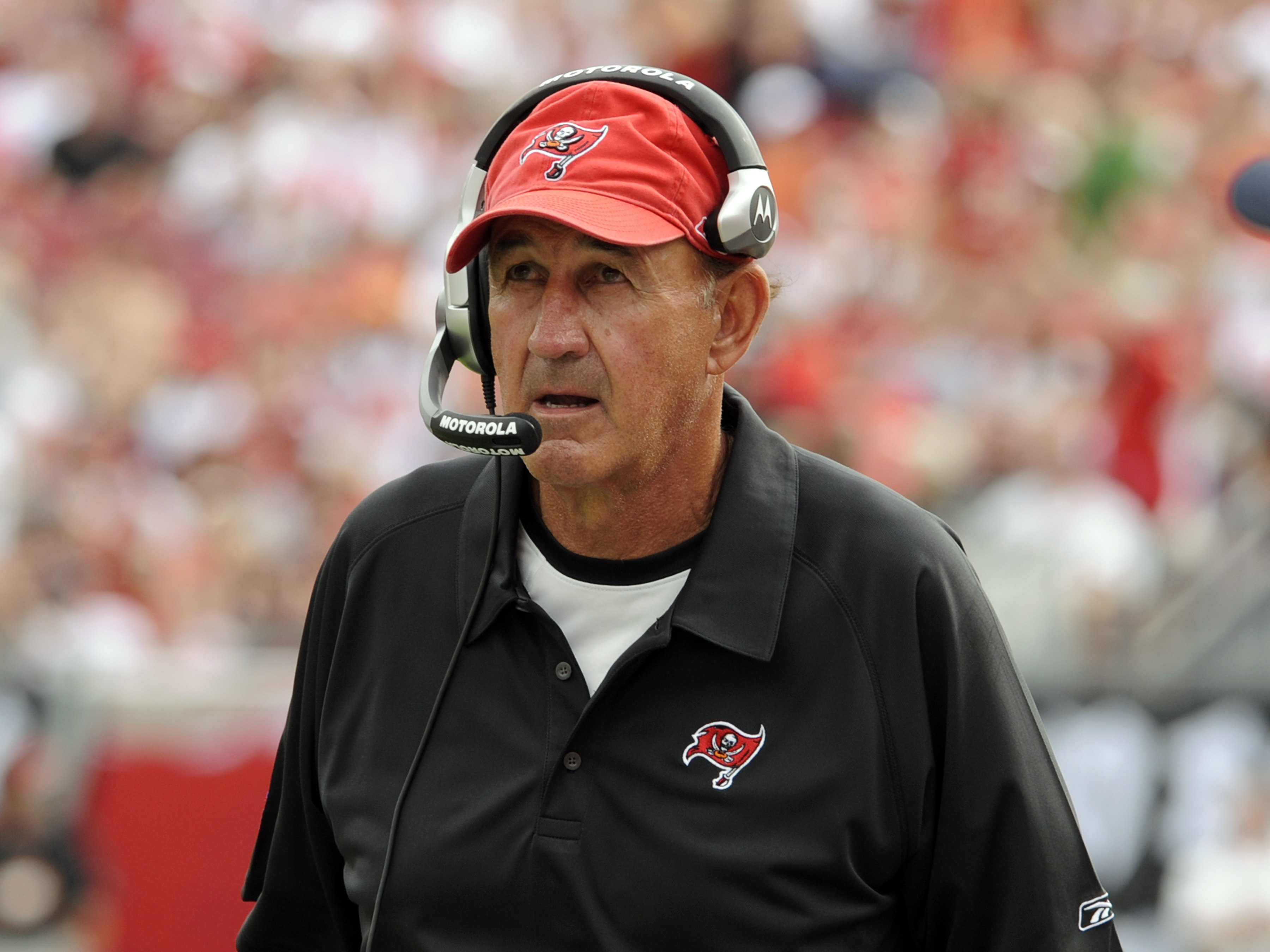 TAMPA, FL -  DECEMBER 30: Defensive coordinator Monte Kiffin of the Tampa Bay Buccaneers watches play against the Carolina Panthers at Raymond James Stadium  on December 30, 2007 in Tampa, Florida.  The Panthers won 31 - 23. (Photo by Al Messerschmidt/Get