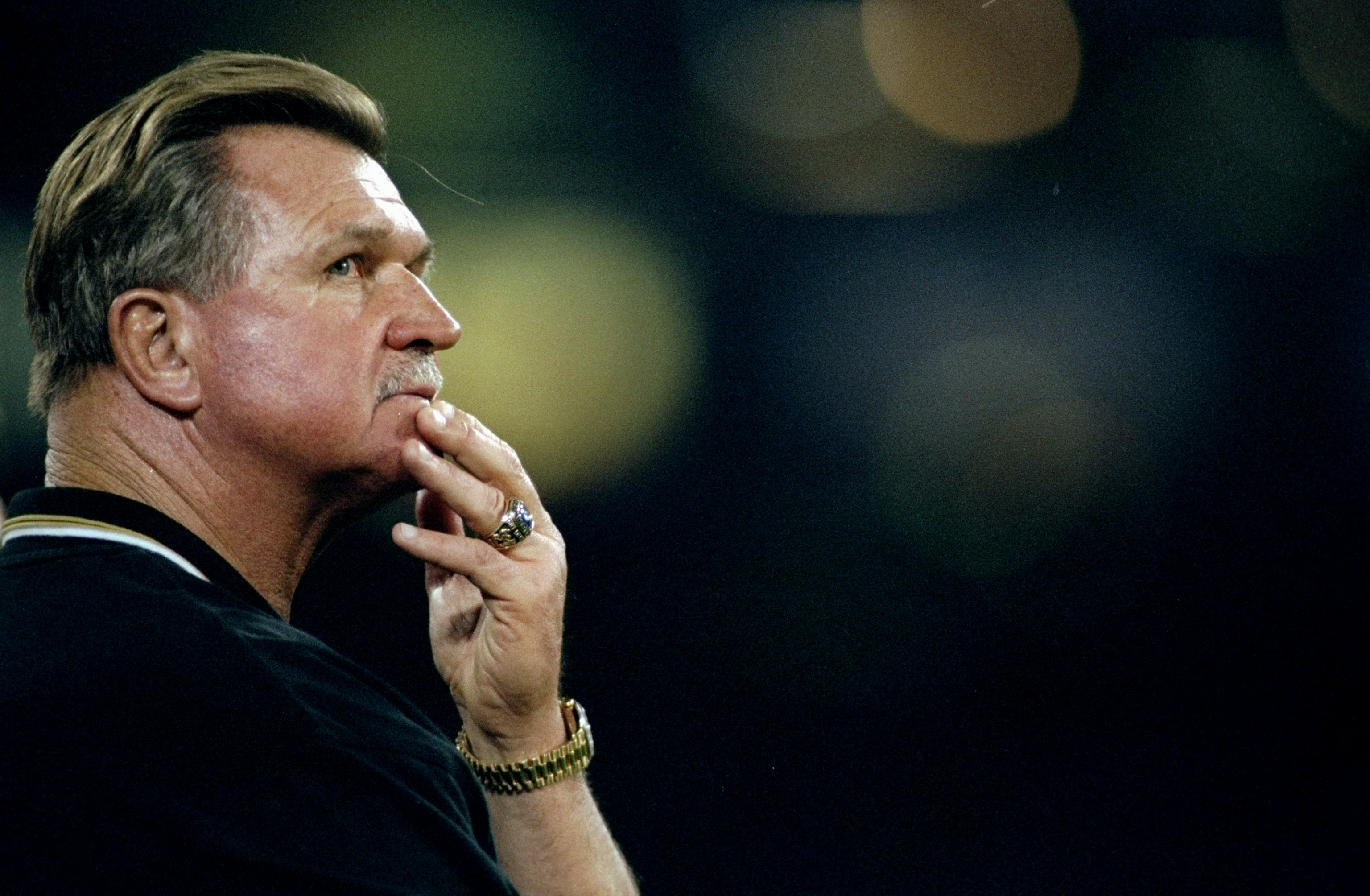 22 Nov 1998:  New Orleans Saints head coach Mike Ditka looks on during a game against the San Francisco 49ers at 3Com Park in San Francisco, California. The 49ers defeated the Saints 31-20. Mandatory Credit: Jed Jacobsohn  /Allsport