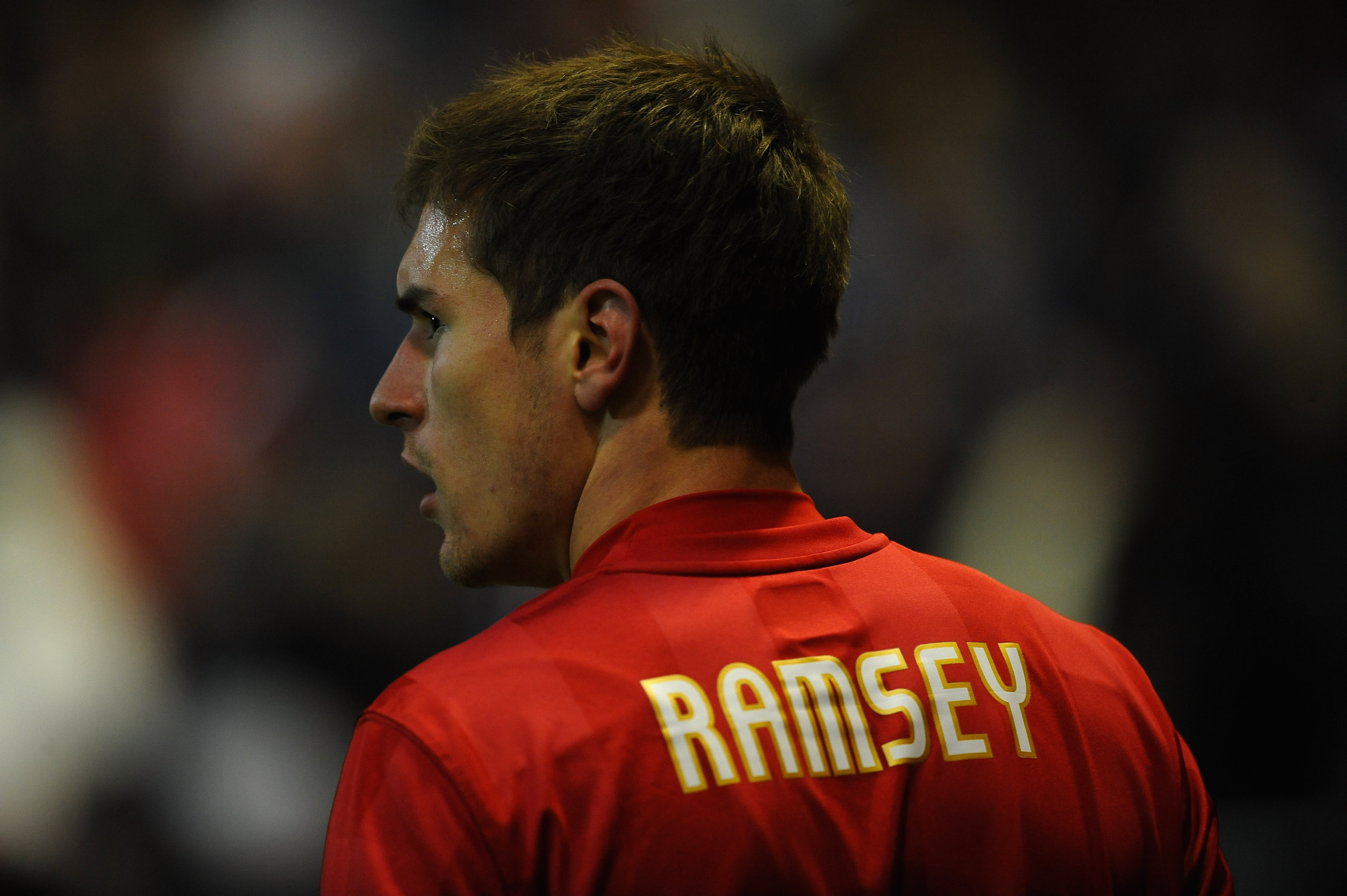 NOTTINGHAM, ENGLAND - DECEMBER 18:  Arron Ramsey of Nottingham Forest in action during the npower Championship match between Nottingham Forest and Crystal Palace at the City Ground on December 18, 2010 in Nottingham, England.  (Photo by Laurence Griffiths
