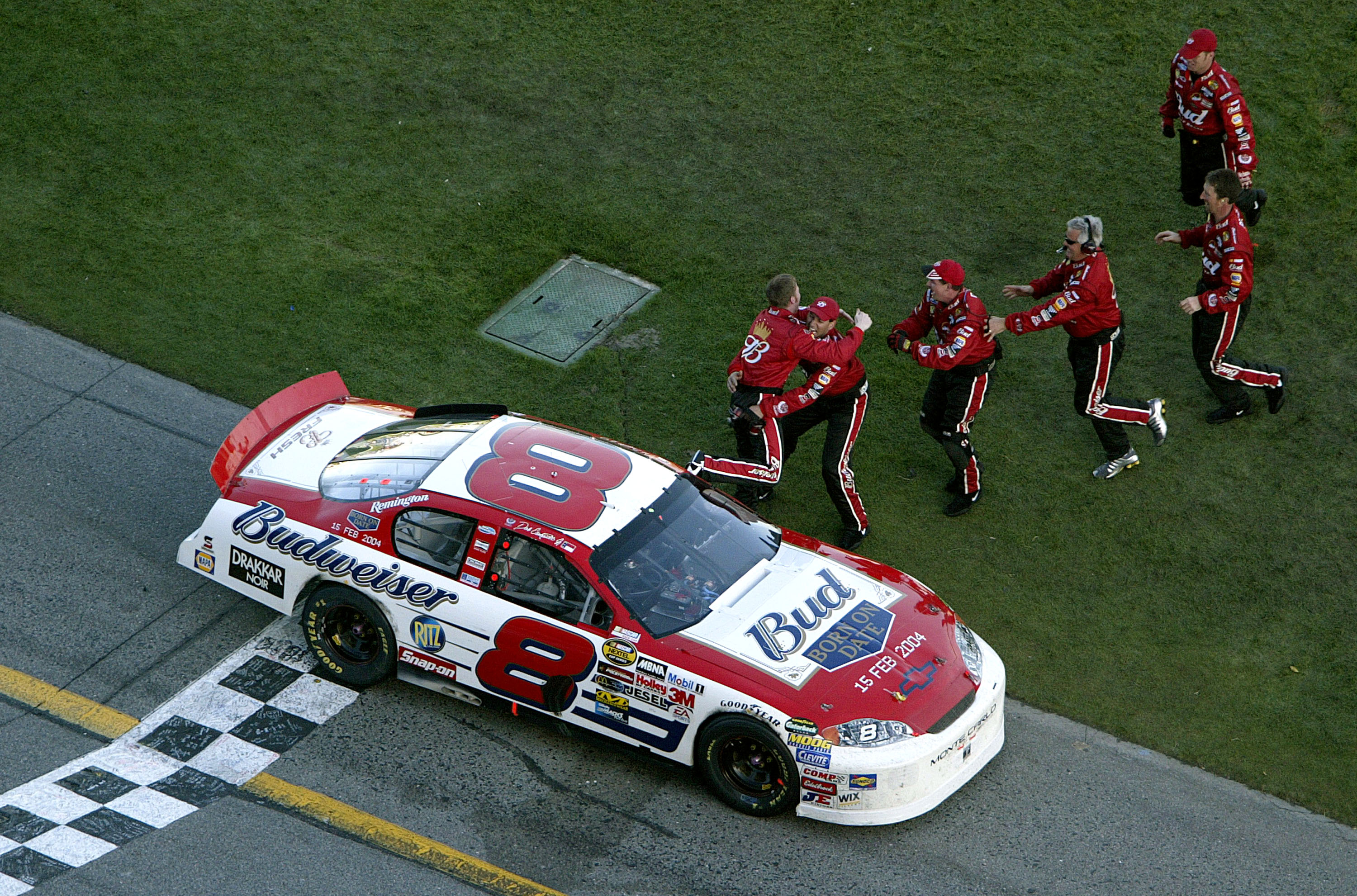 Dale Earnhardt Jr.s first win in Daytona 500 came much earlier in his career than his fathers first win.