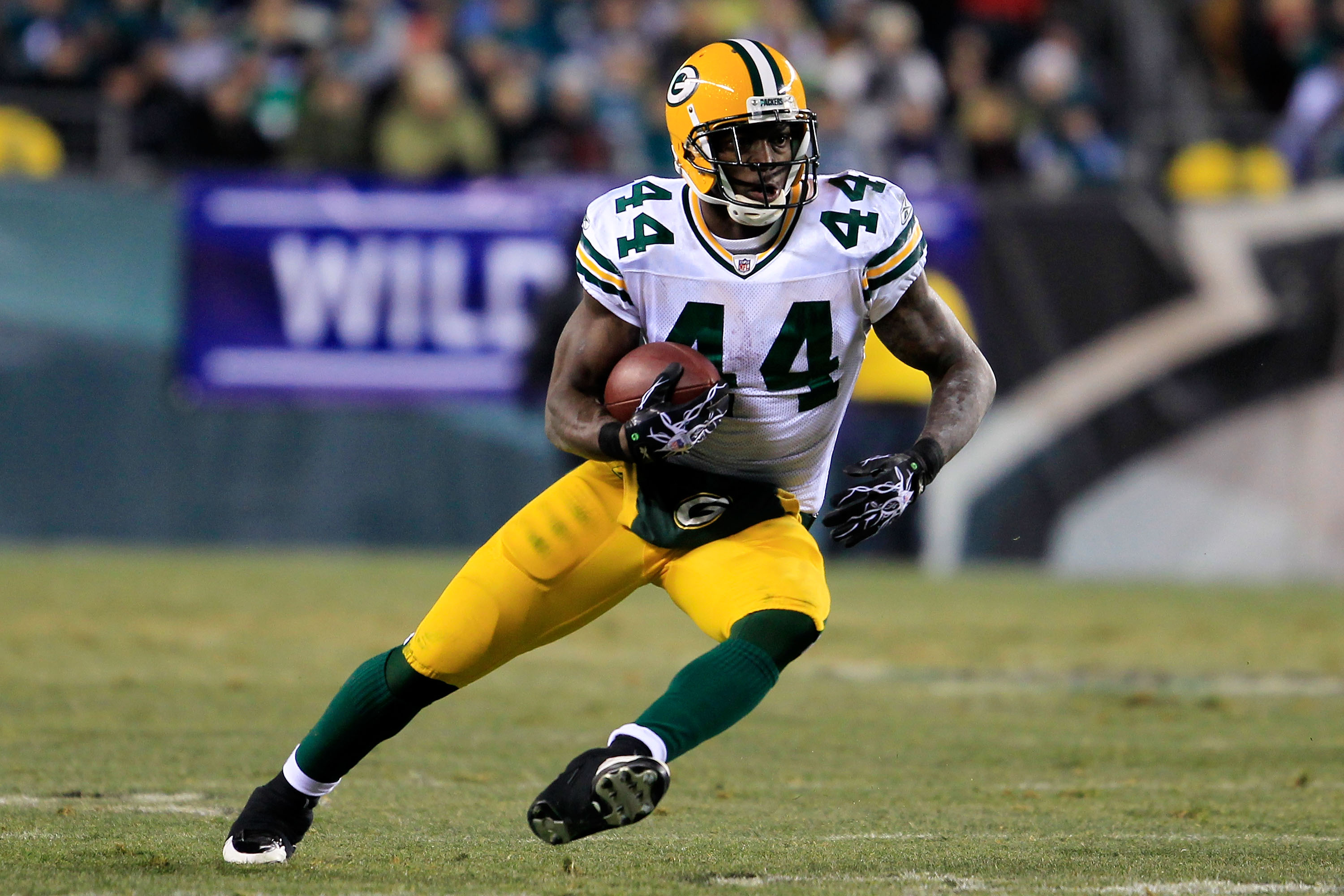 PHILADELPHIA, PA - JANUARY 09:  James Starks #44 of the Green Bay Packers runs down field against the Philadelphia Eagles during the 2011 NFC wild card playoff game at Lincoln Financial Field on January 9, 2011 in Philadelphia, Pennsylvania.  (Photo by Ch