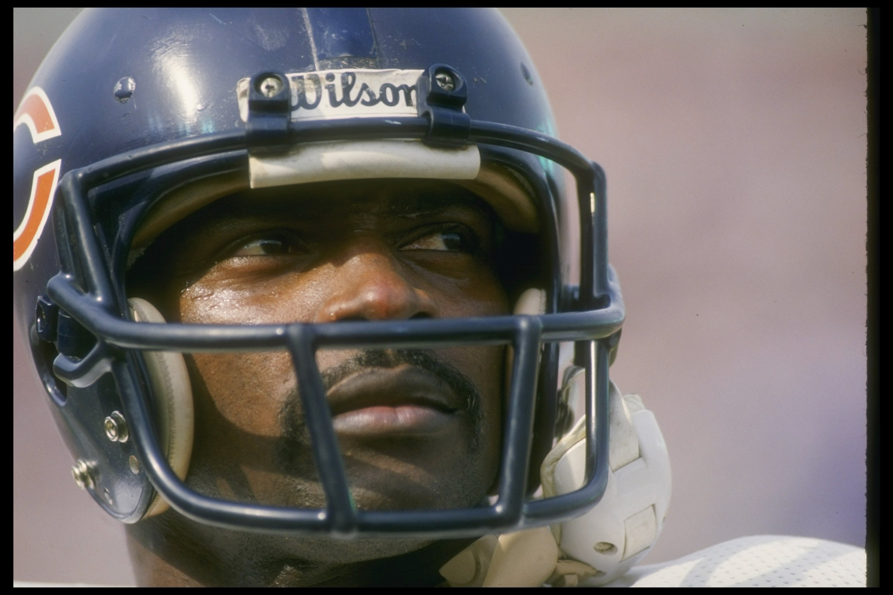 4484cbc2227 27 Dec 1987: Running back Walter Payton of the Chicago Bears looks on  during a