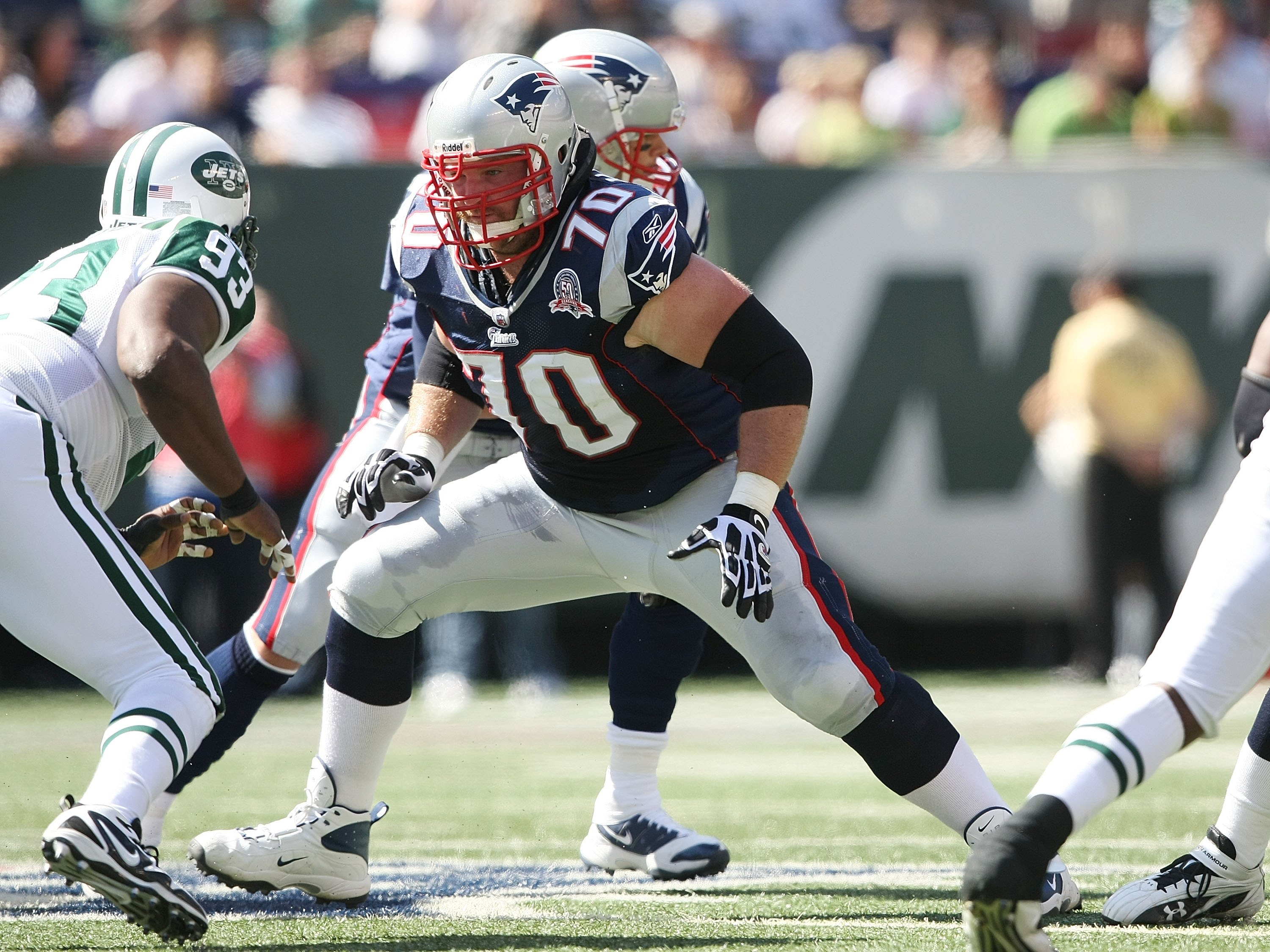 EAST RUTHERFORD, NJ - SEPTEMBER 20:  Logan Mankins #70 of the New England Patriots against the New York Jets at Giants Stadium on September 20, 2009 in East Rutherford, New Jersey.  (Photo by Nick Laham/Getty Images)