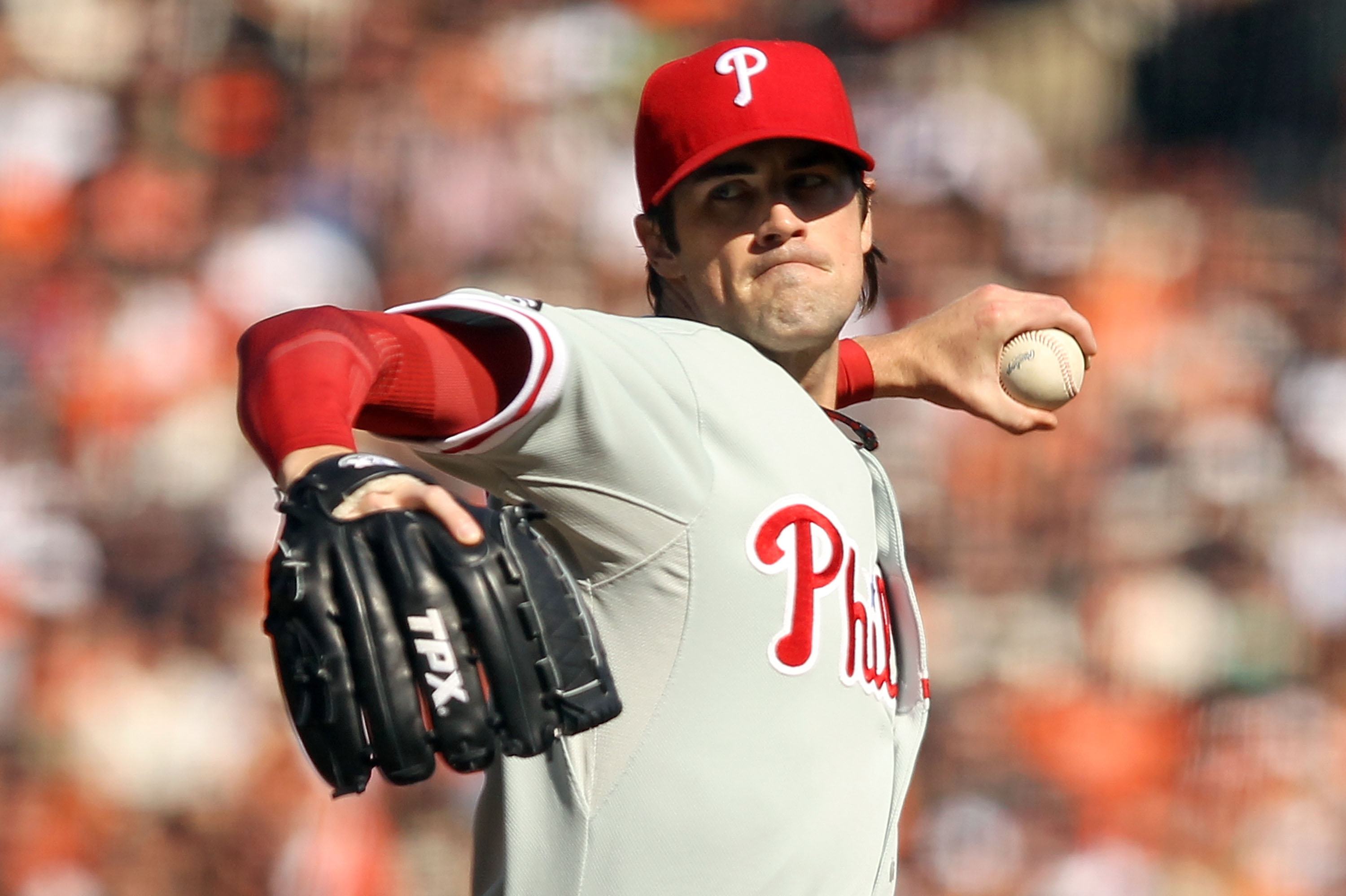 SAN FRANCISCO - OCTOBER 19:  Cole Hamels #35 of the Philadelphia Phillies throws a pitch against the San Francisco Giants in Game Three of the NLCS during the 2010 MLB Playoffs at AT&T Park on October 19, 2010 in San Francisco, California.  (Photo by Ezra