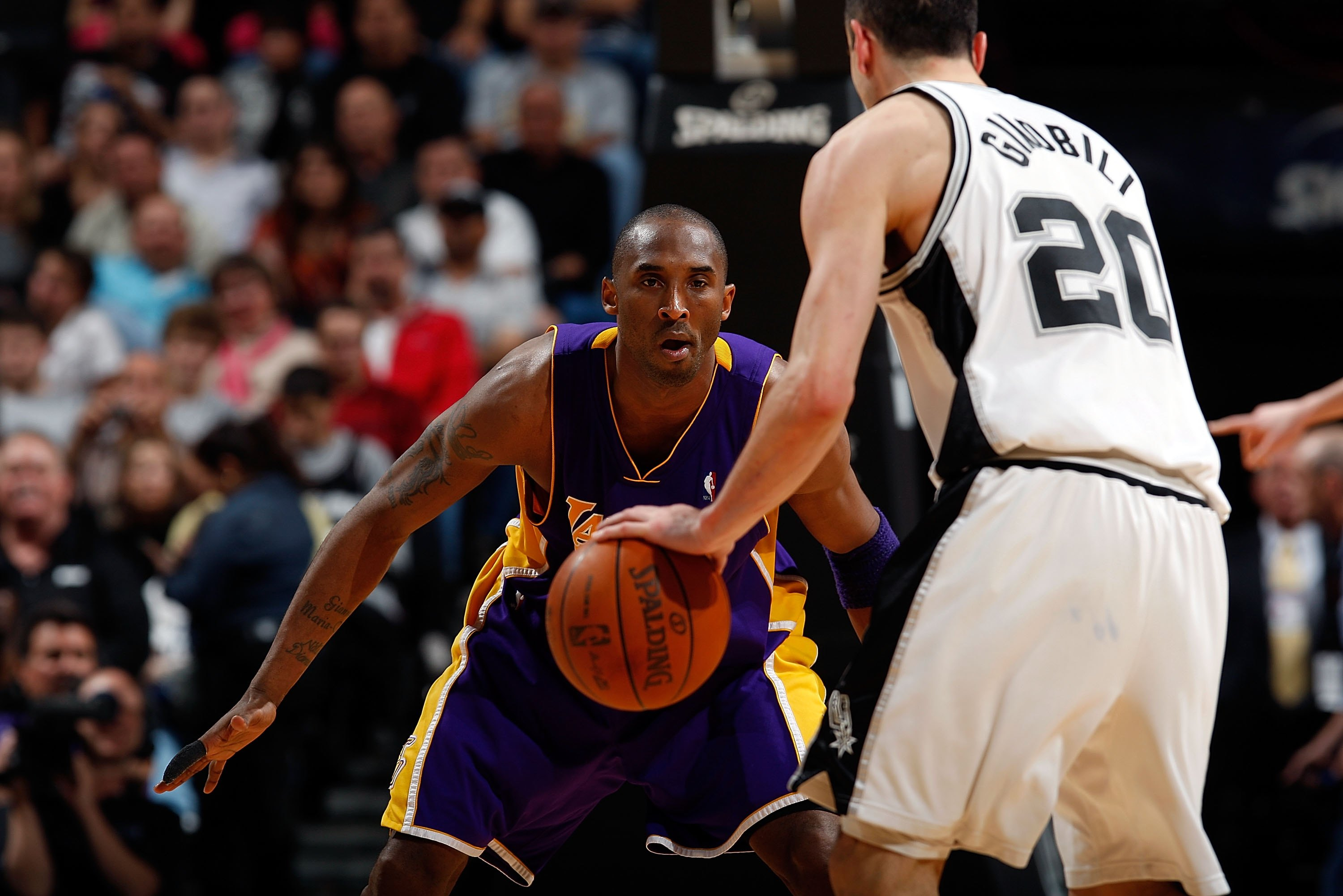 SAN ANTONIO - MARCH 24:  Kobe Bryant #24 of the Los Angeles Lakers at AT&T Center on March 24, 2010 in San Antonio, Texas.  NOTE TO USER: User expressly acknowledges and agrees that, by downloading and/or using this Photograph, user is consenting to the t