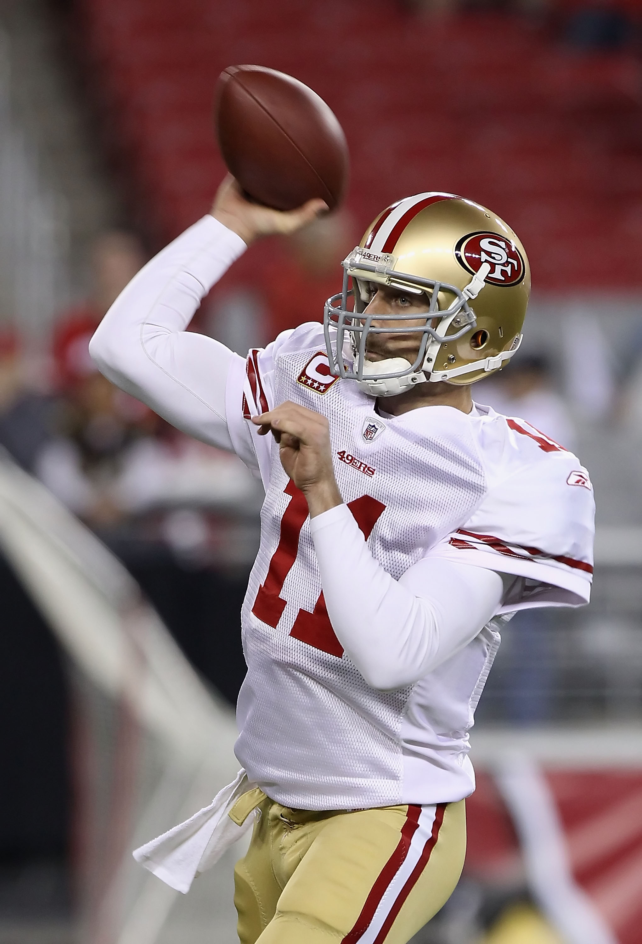 GLENDALE, AZ - NOVEMBER 29:  Quarterback Alex Smith #1 of the San Francisco 49ers warms up before the NFL game against the Arizona Cardinals at the University of Phoenix Stadium on November 29, 2010 in Glendale, Arizona. The 49ers defeated the Cardinals 2