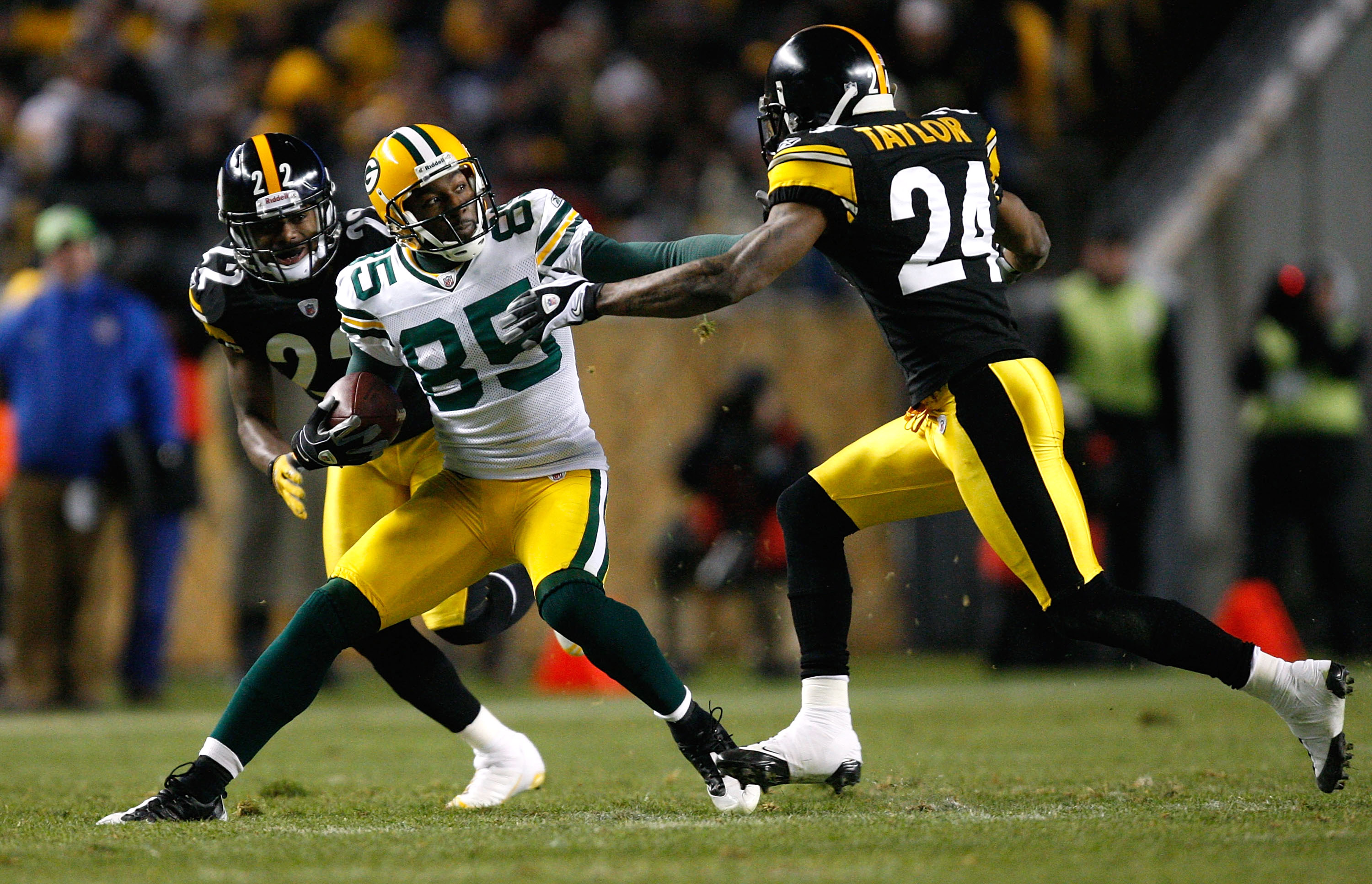 Packers Head For Super Bowl In Blur Of >> Super Bowl 2011 The Best Match Ups Between The Packers And The