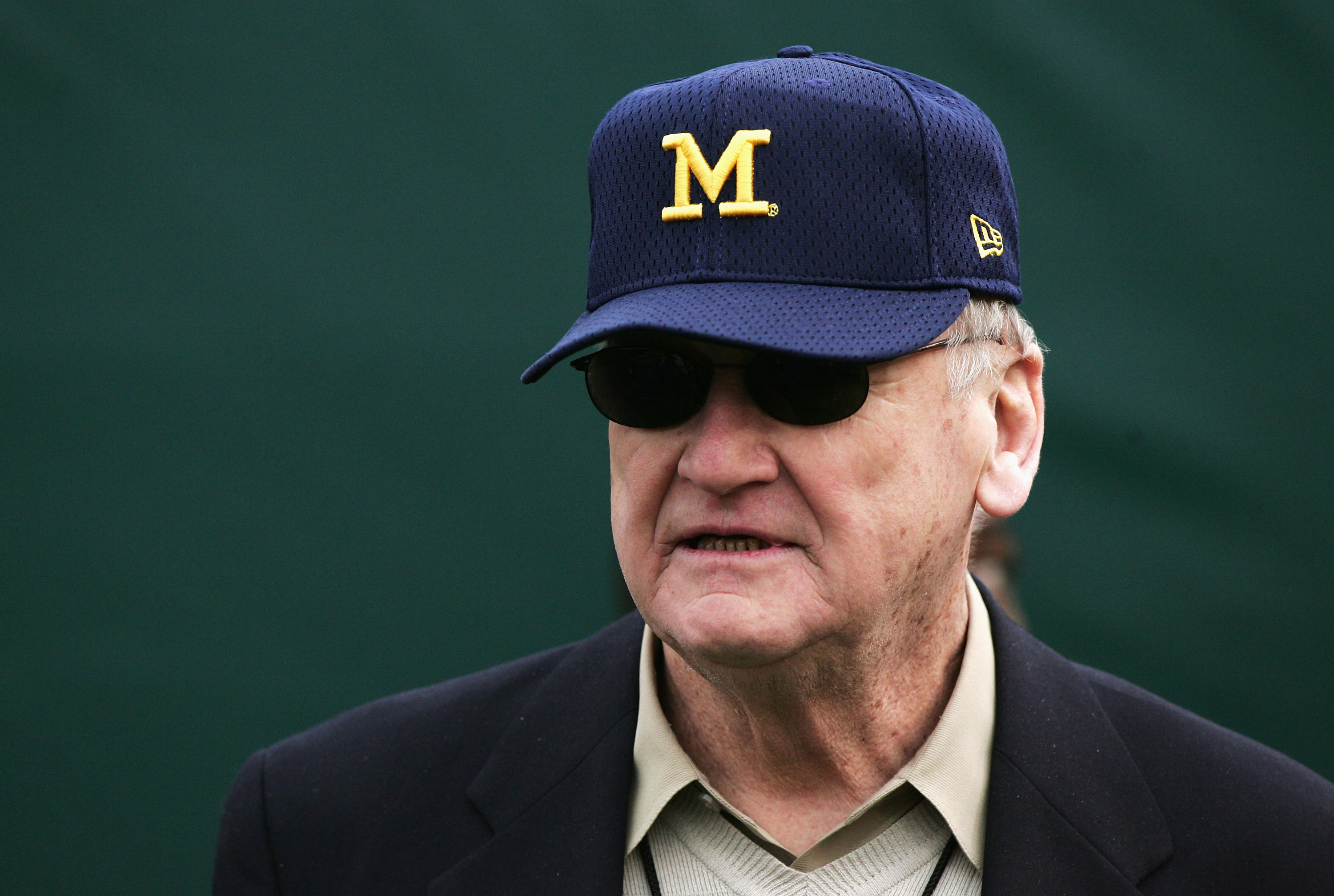 PASADENA, CA - JANUARY 01:  Former head coach Bo Schembechler of the Michigan Wolverines looks on in the 91st Rose Bowl Game against the Texas Longhorns at the Rose Bowl on January 1, 2005 in Pasadena, California.    (Photo by Jed Jacobsohn/Getty Images)